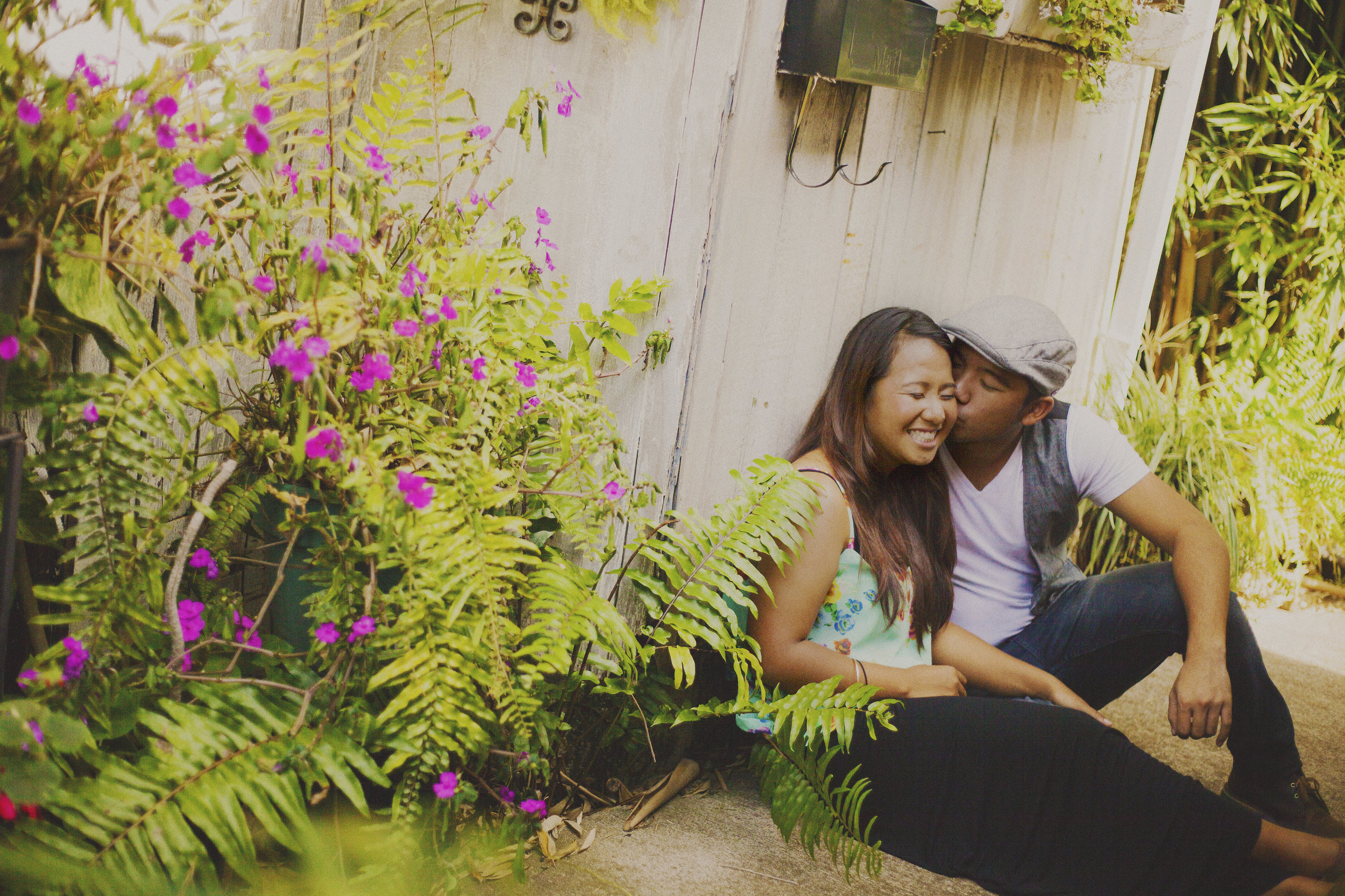 angie-diaz-photography-maui-upcountry-engagement-03.jpg