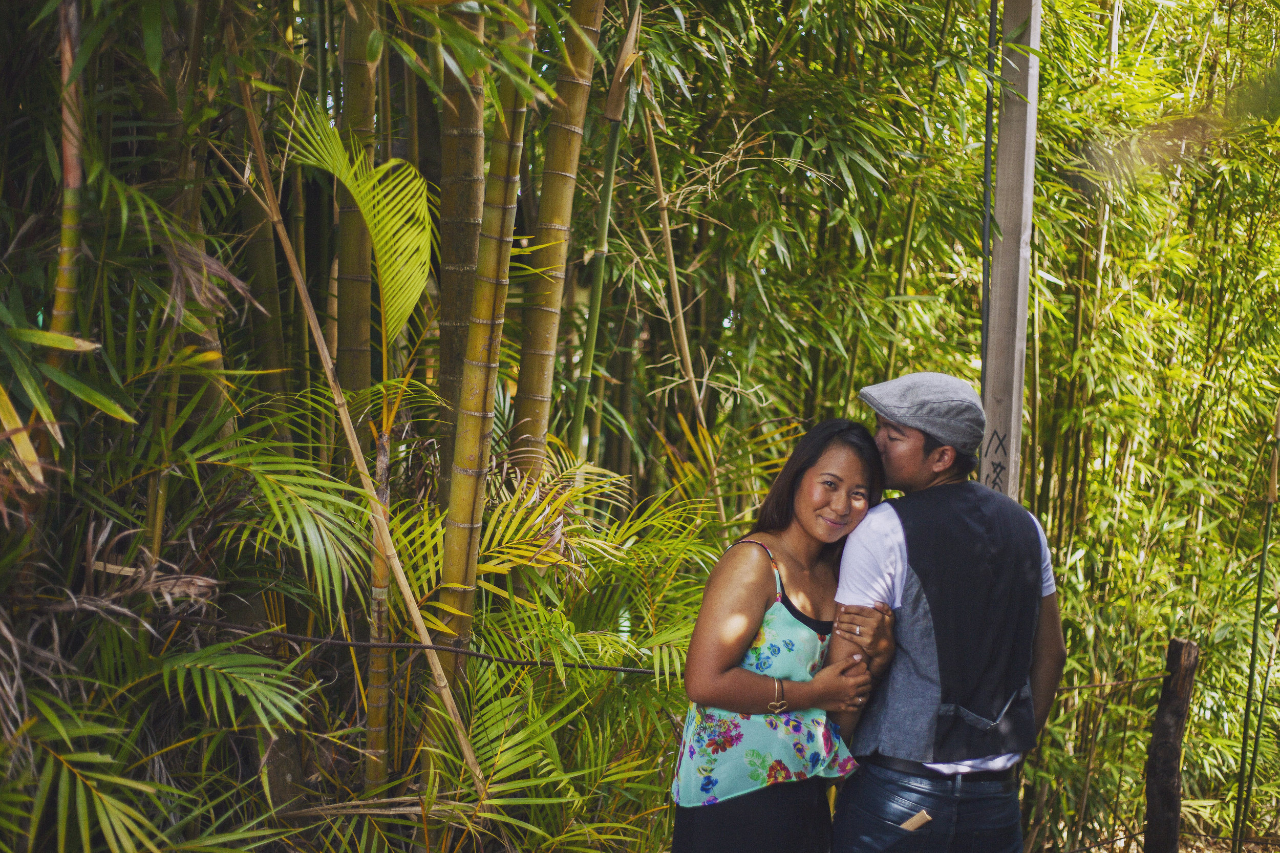 angie-diaz-photography-maui-upcountry-engagement-17.jpg
