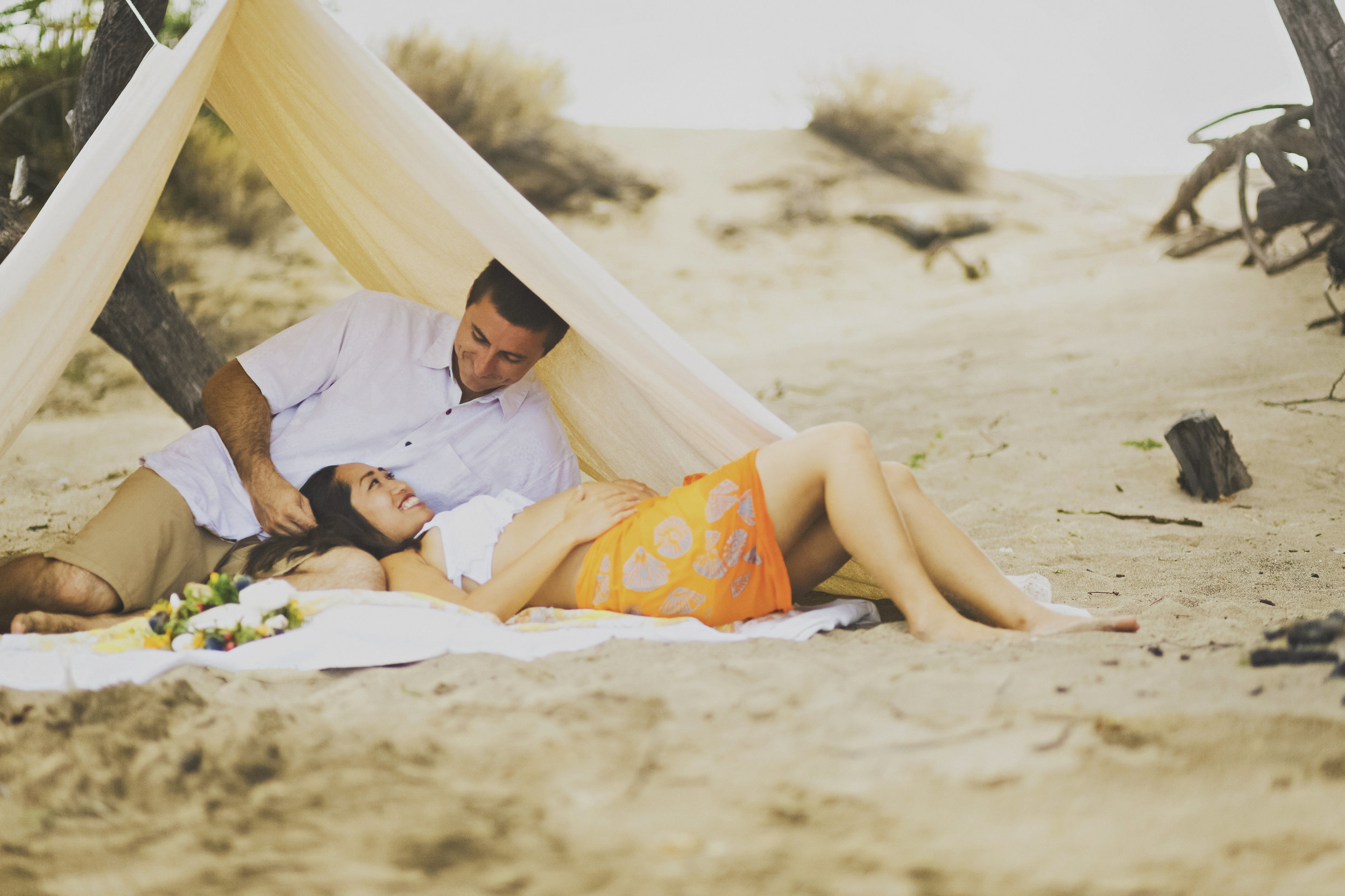 angie-diaz-photography-maui-maternity-lahaina-baby-beach-06.jpg