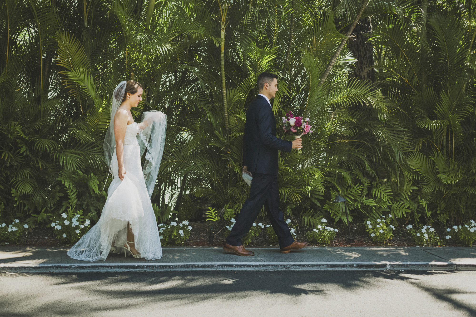 Hawaii destination beach Wedding Photographer_115.jpg