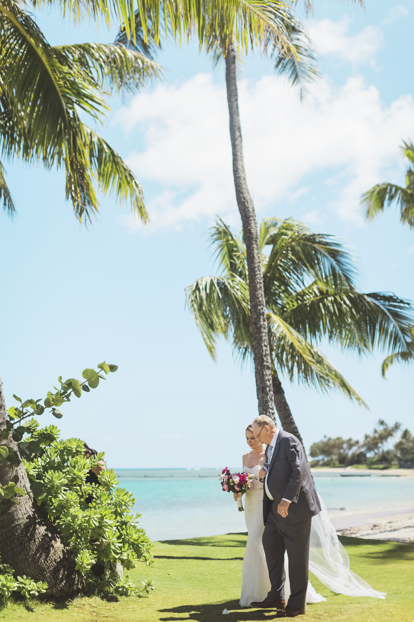 Hawaii destination beach Wedding Photographer_124.jpg