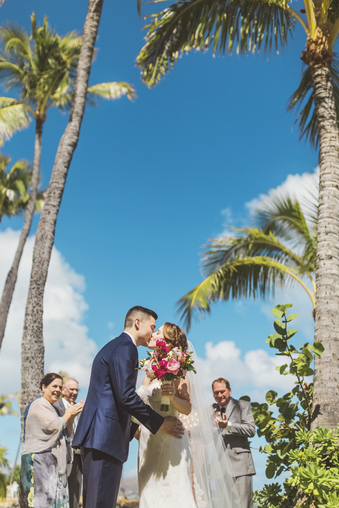 Hawaii destination beach Wedding Photographer_144.jpg