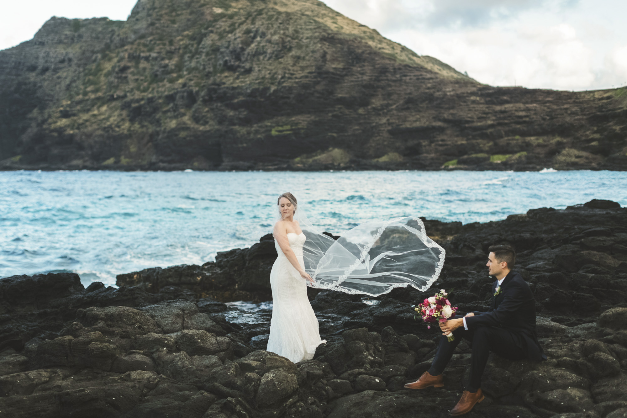 Hawaii destination beach Wedding Photographer_4.jpg