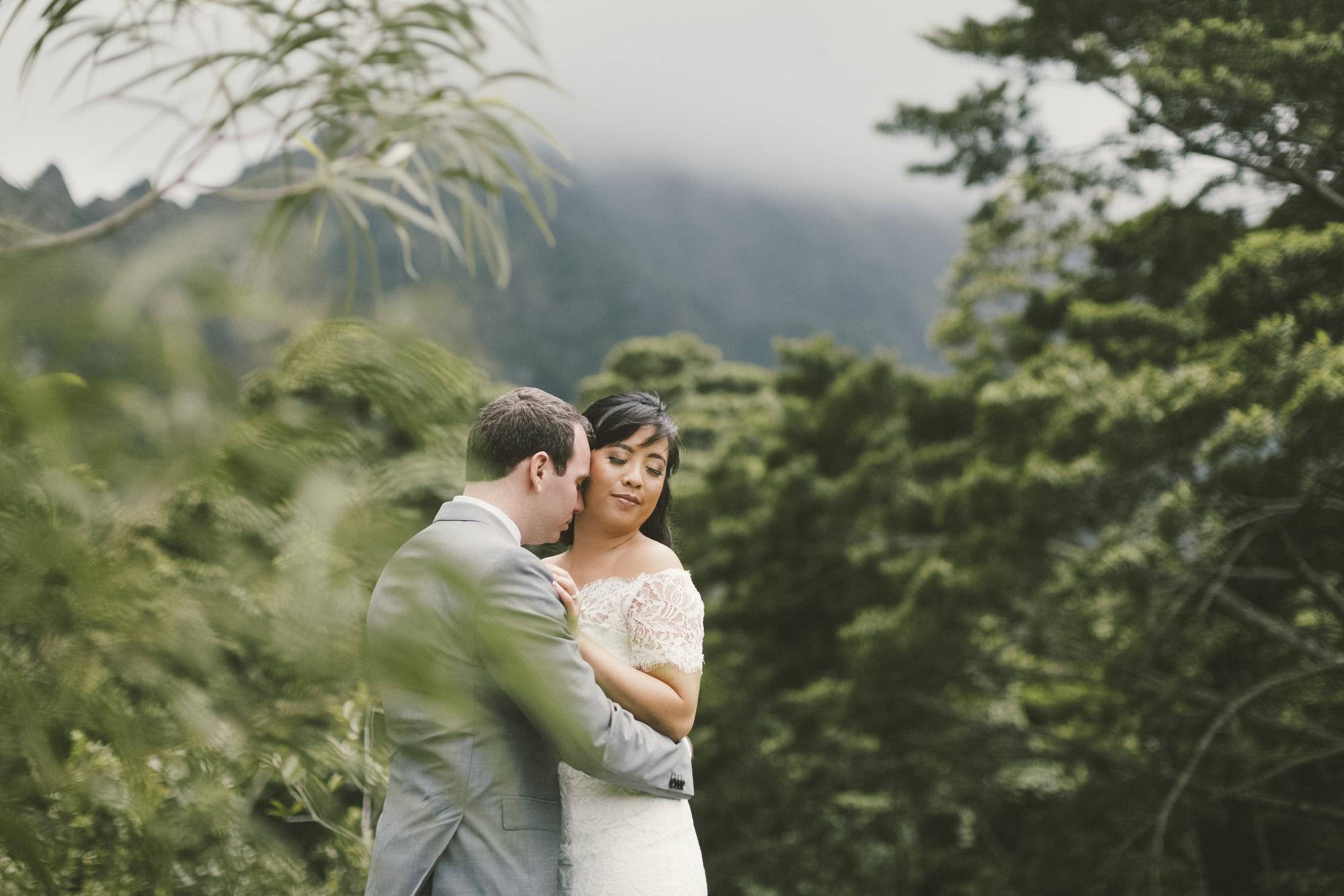 Hawaii destination beach Wedding Photographer_141.jpg