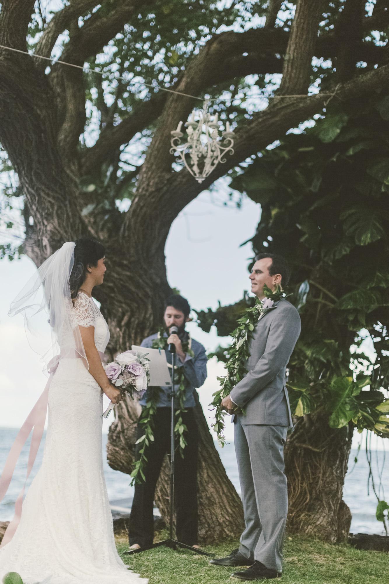 Hawaii destination beach Wedding Photographer_249.jpg