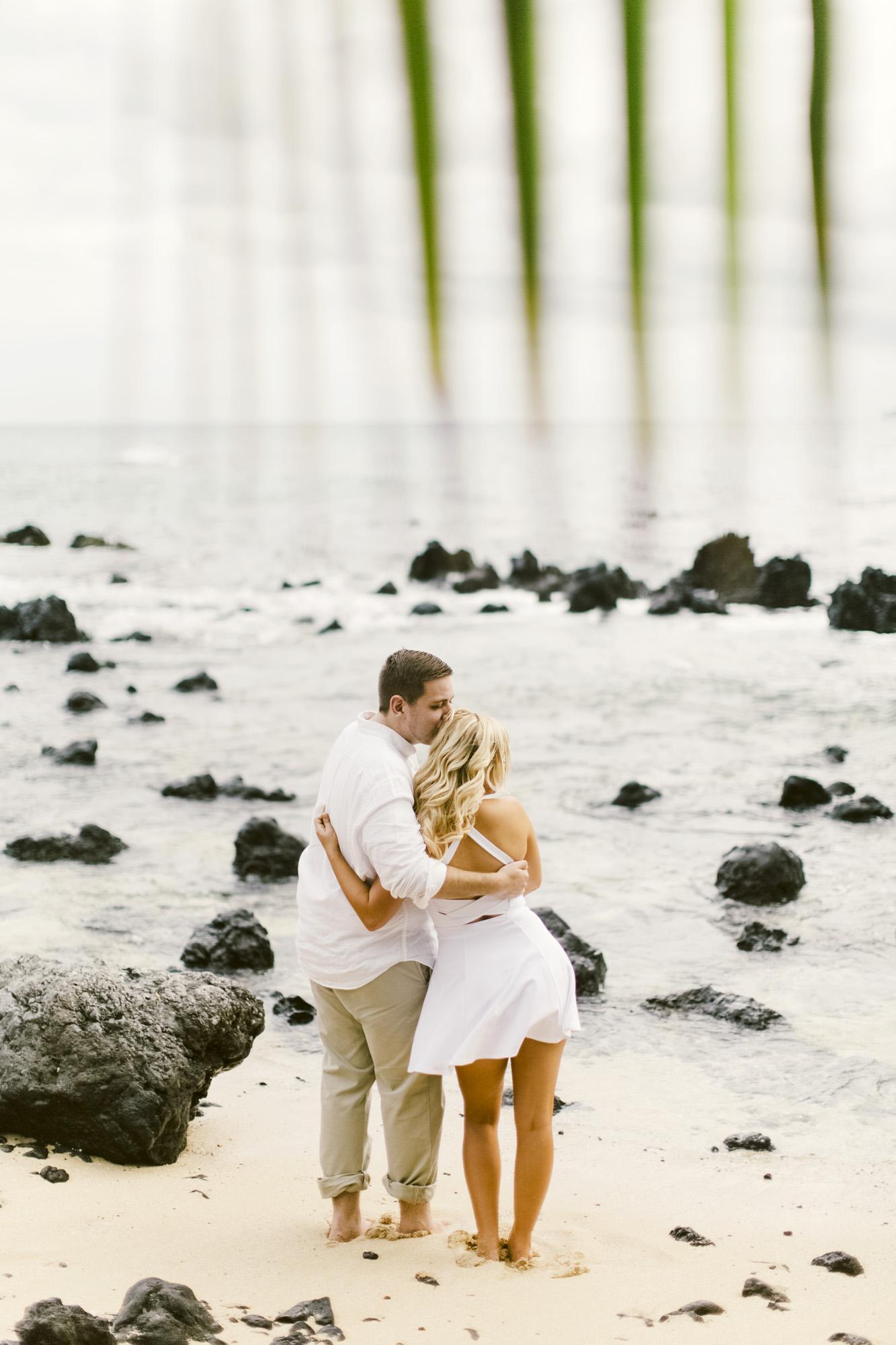 Angie Diaz Maui Photographer_1.jpg
