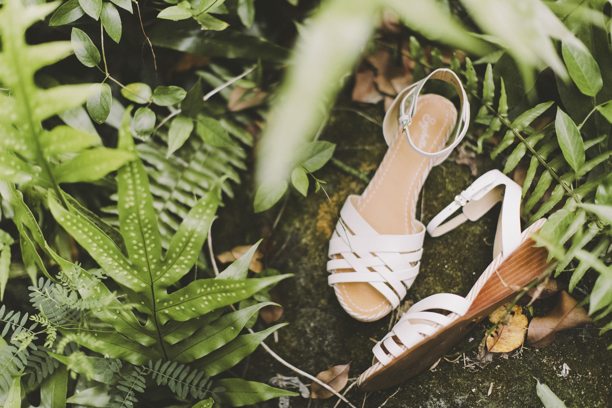 angie-diaz-photography-oahu-hawaii-wedding-tradewinds-ranch-04.jpg