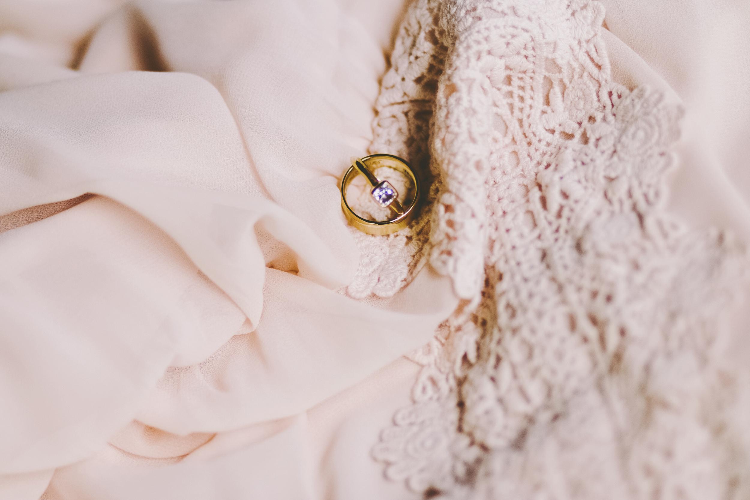 angie-diaz-photography-oahu-hawaii-wedding-tradewinds-ranch-06.jpg
