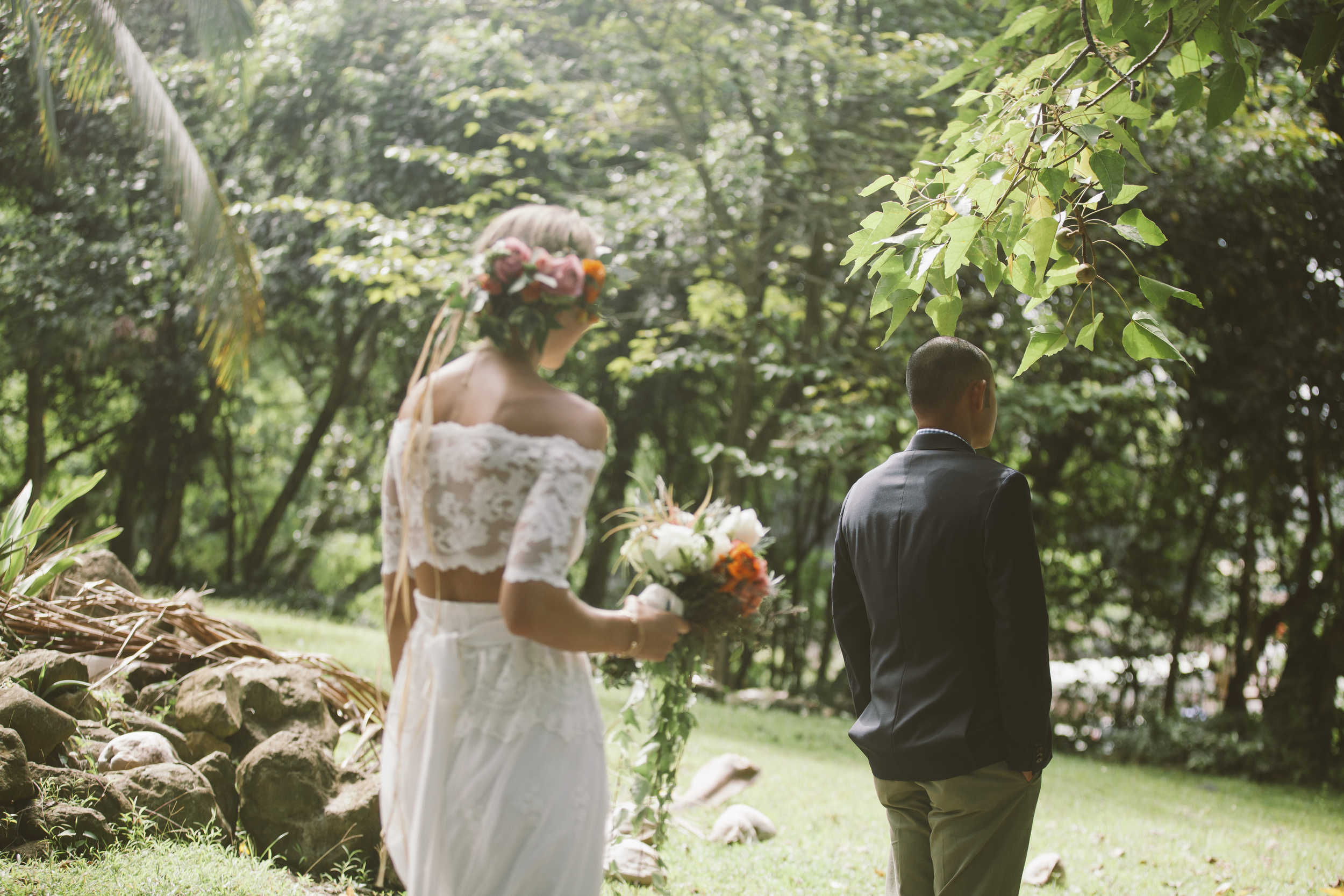 angie-diaz-photography-oahu-hawaii-wedding-tradewinds-ranch-36.jpg