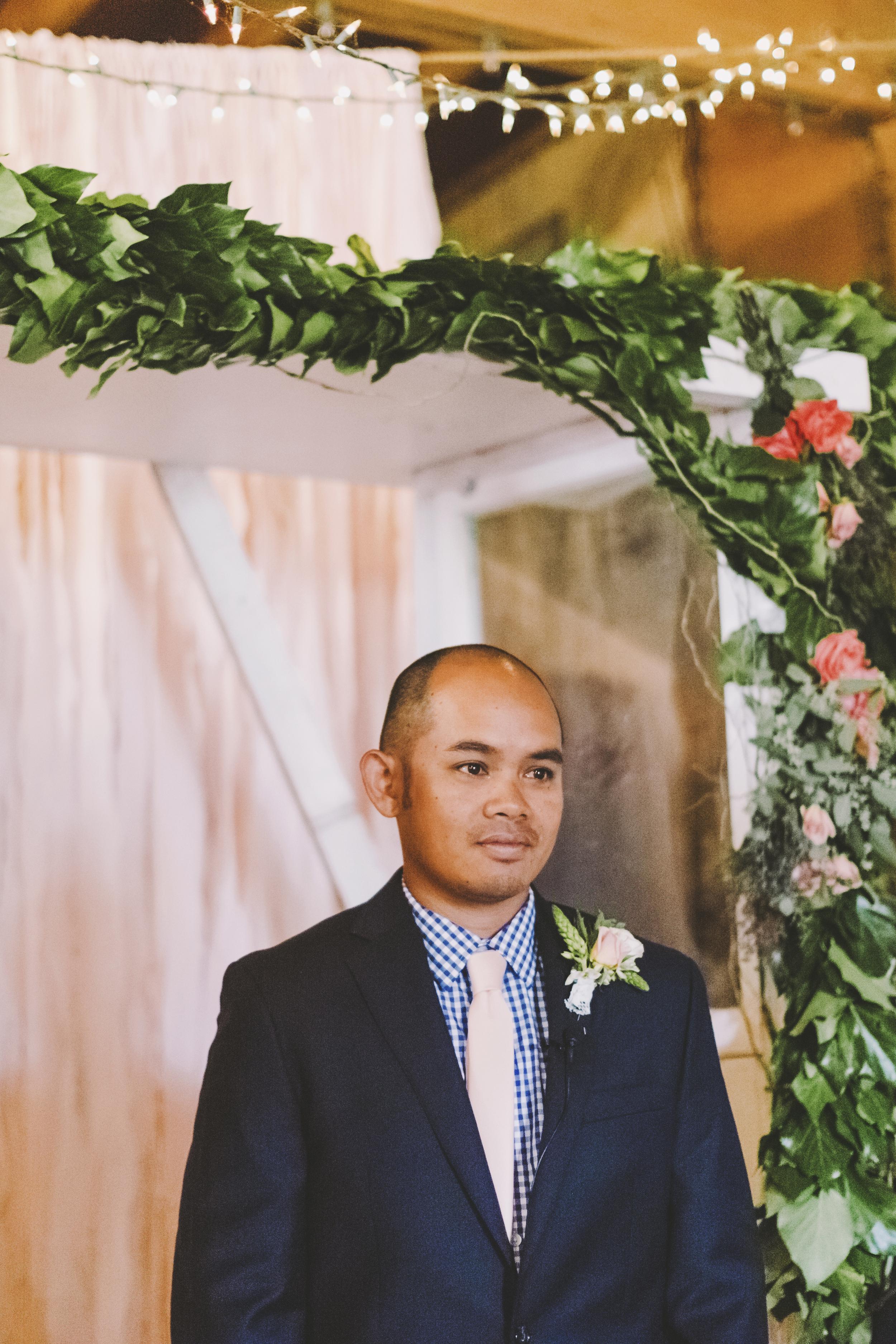 angie-diaz-photography-oahu-hawaii-wedding-tradewinds-ranch-50.jpg
