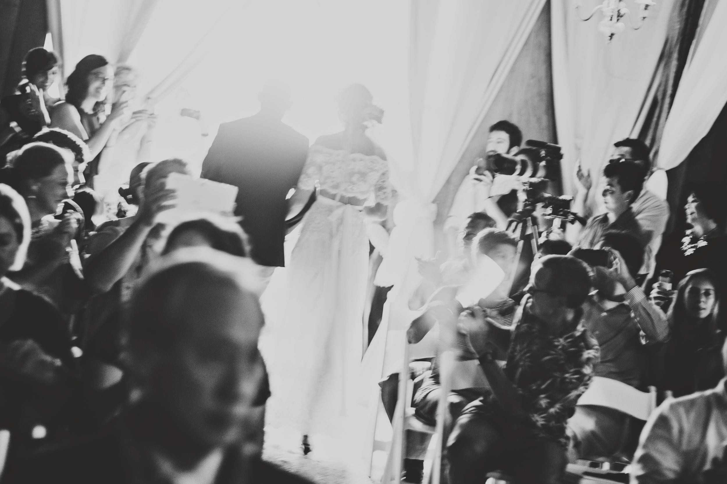 angie-diaz-photography-oahu-hawaii-wedding-tradewinds-ranch-66.jpg