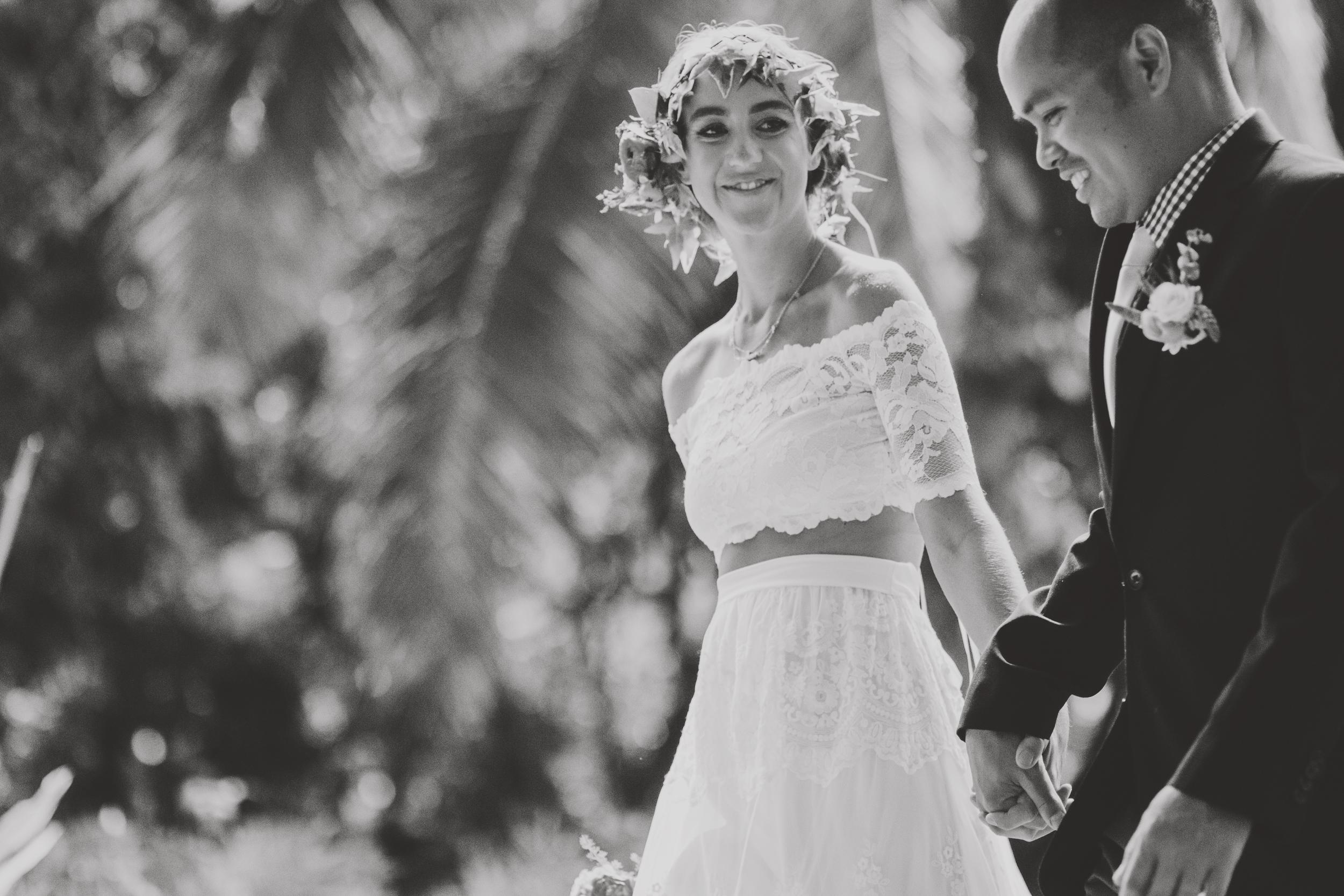 angie-diaz-photography-oahu-hawaii-wedding-tradewinds-ranch-69.jpg