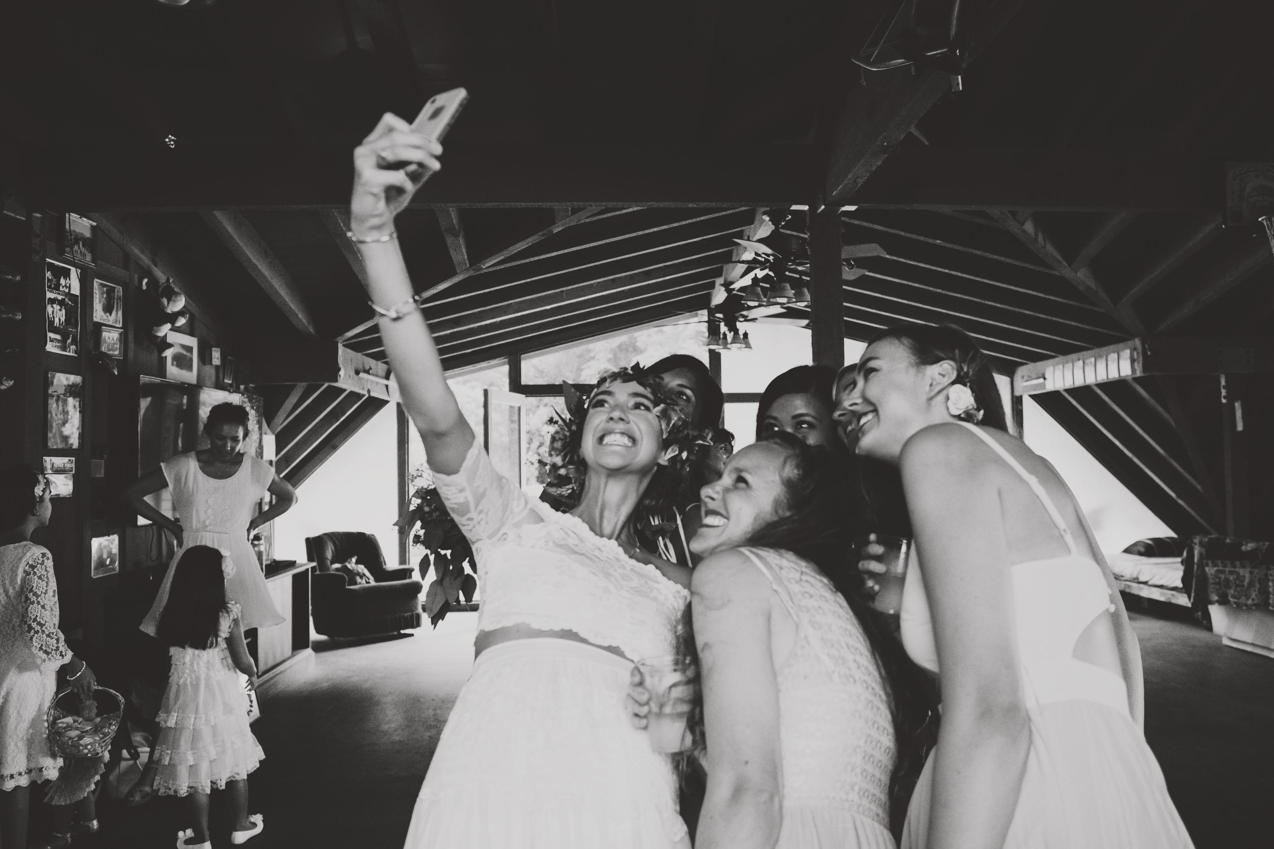 angie-diaz-photography-oahu-hawaii-wedding-tradewinds-ranch-116.jpg
