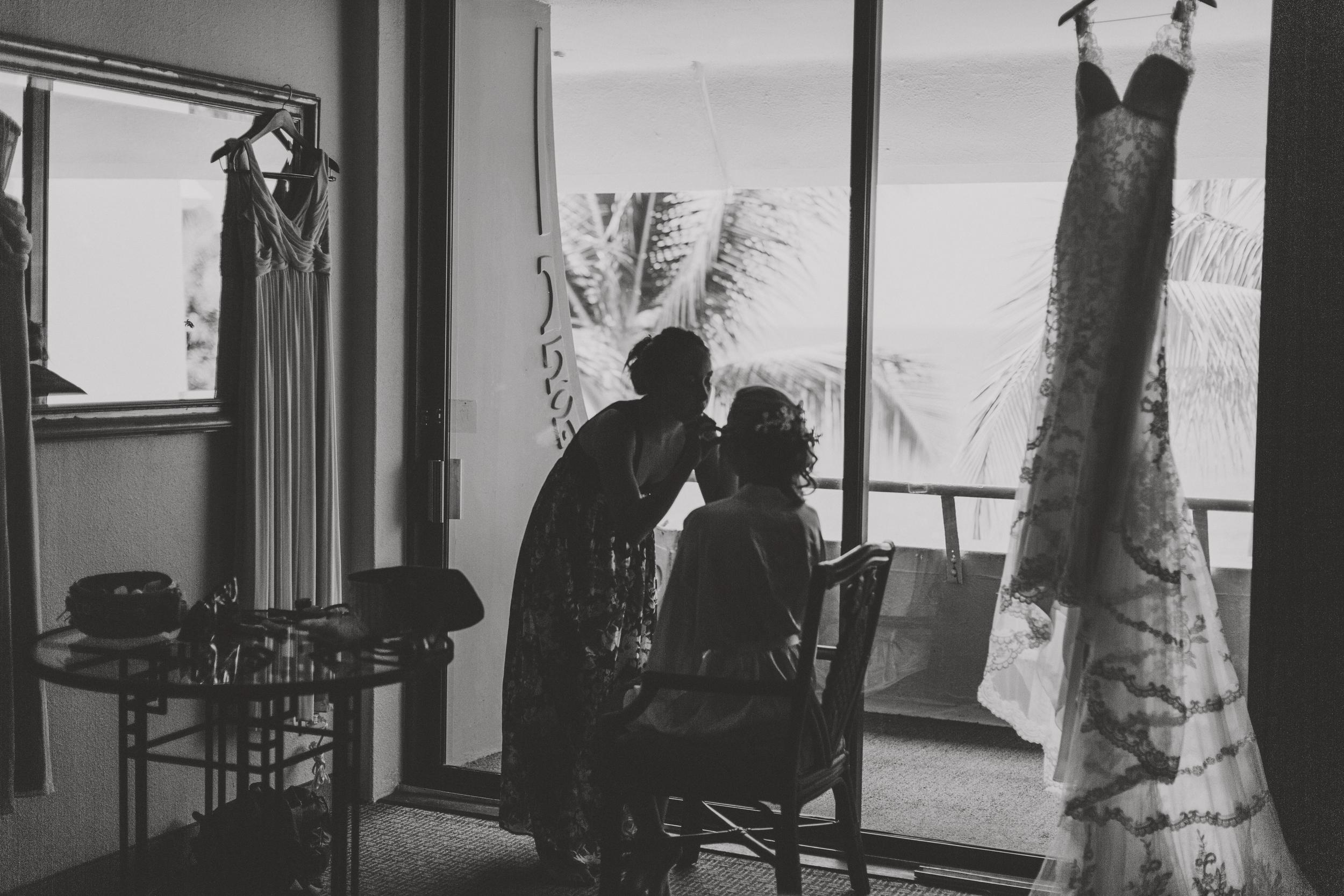 angie-diaz-photography-hawaii-wedding-photographer-kelli-jay-4.jpg