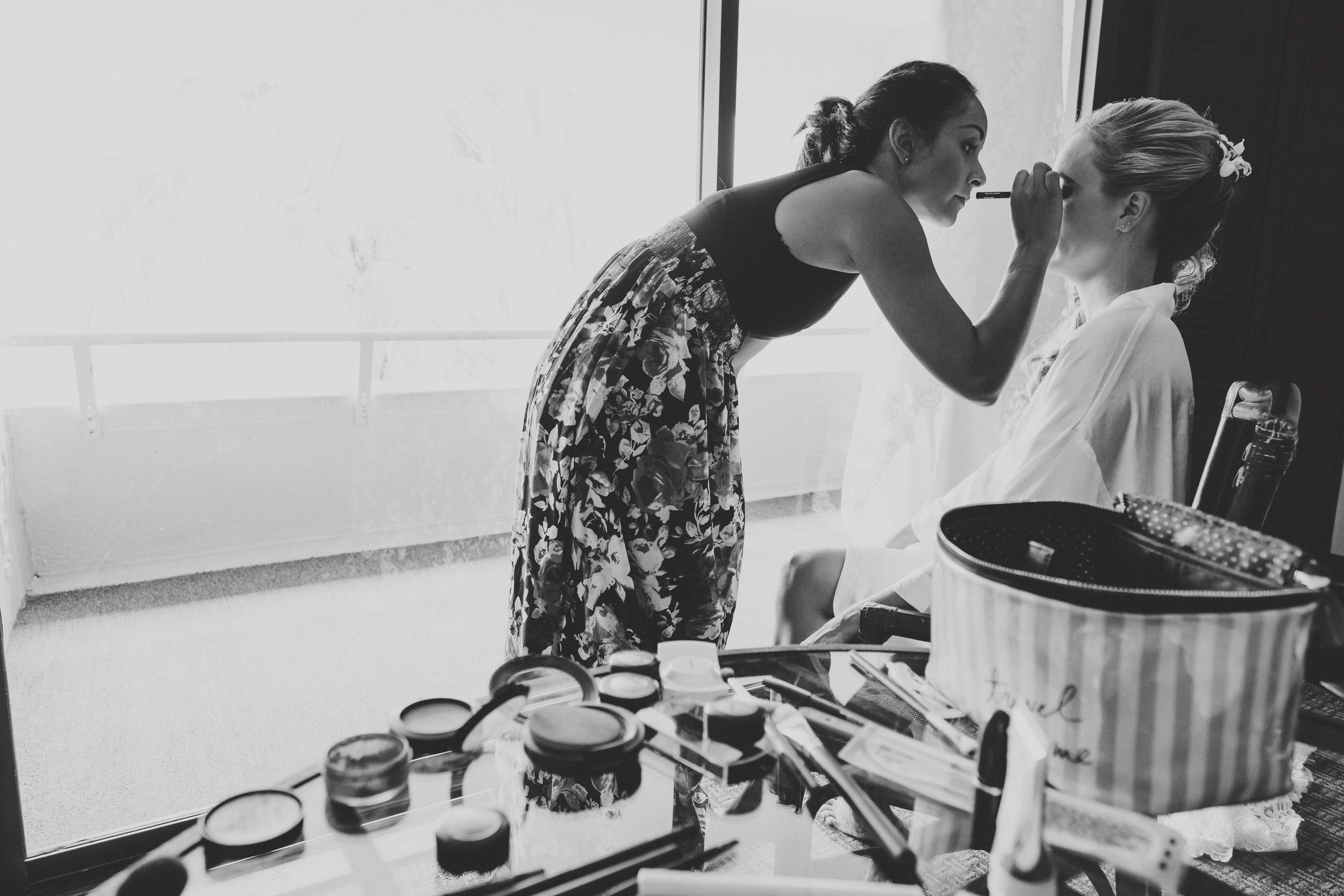 angie-diaz-photography-hawaii-wedding-photographer-kelli-jay-6.jpg