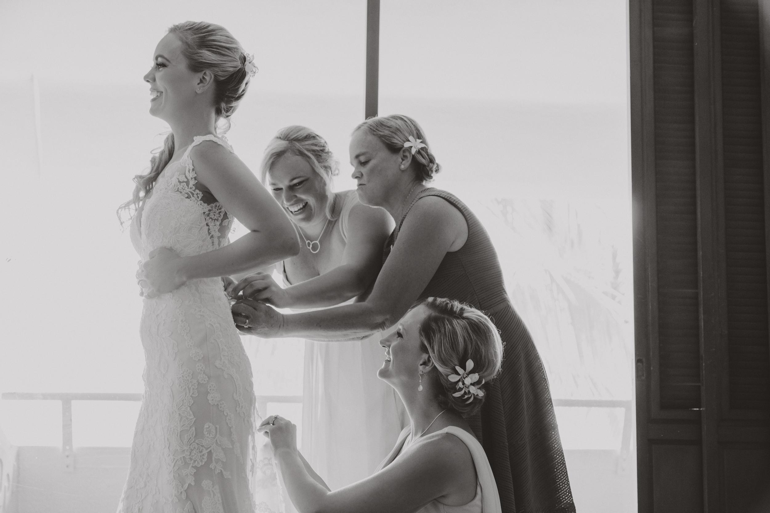 angie-diaz-photography-hawaii-wedding-photographer-kelli-jay-14.jpg