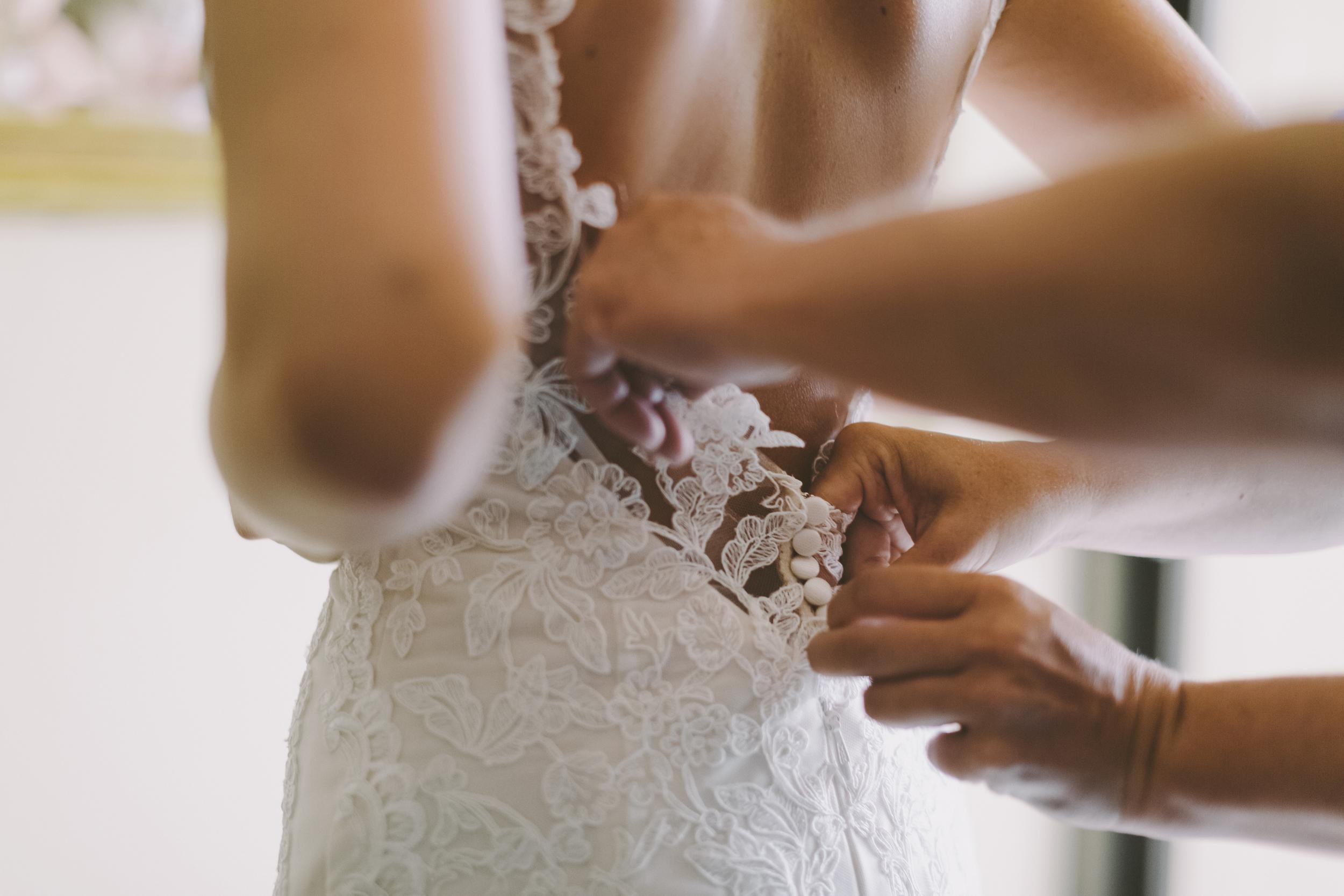 angie-diaz-photography-hawaii-wedding-photographer-kelli-jay-15.jpg