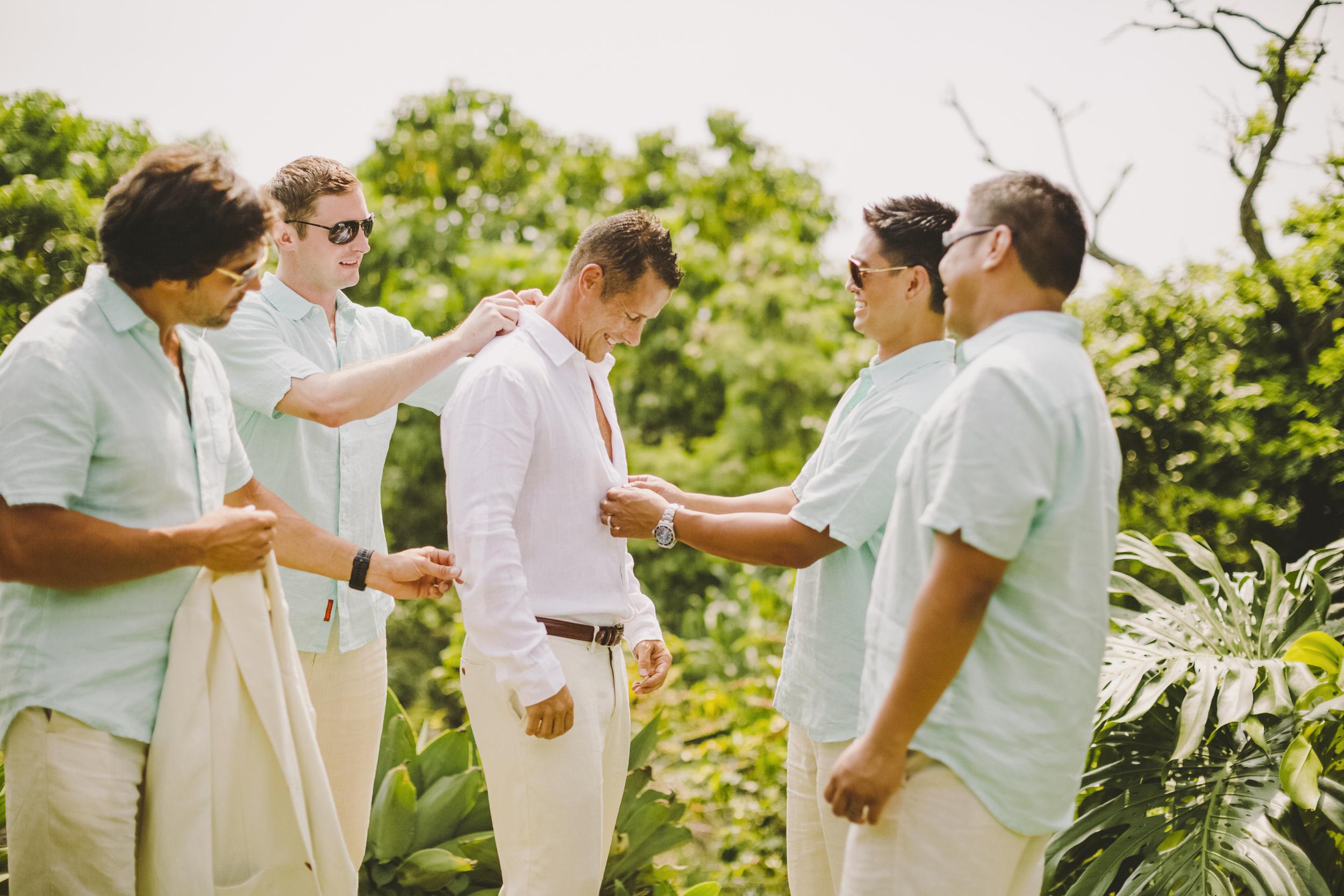 angie-diaz-photography-hawaii-wedding-photographer-kelli-jay-23.jpg