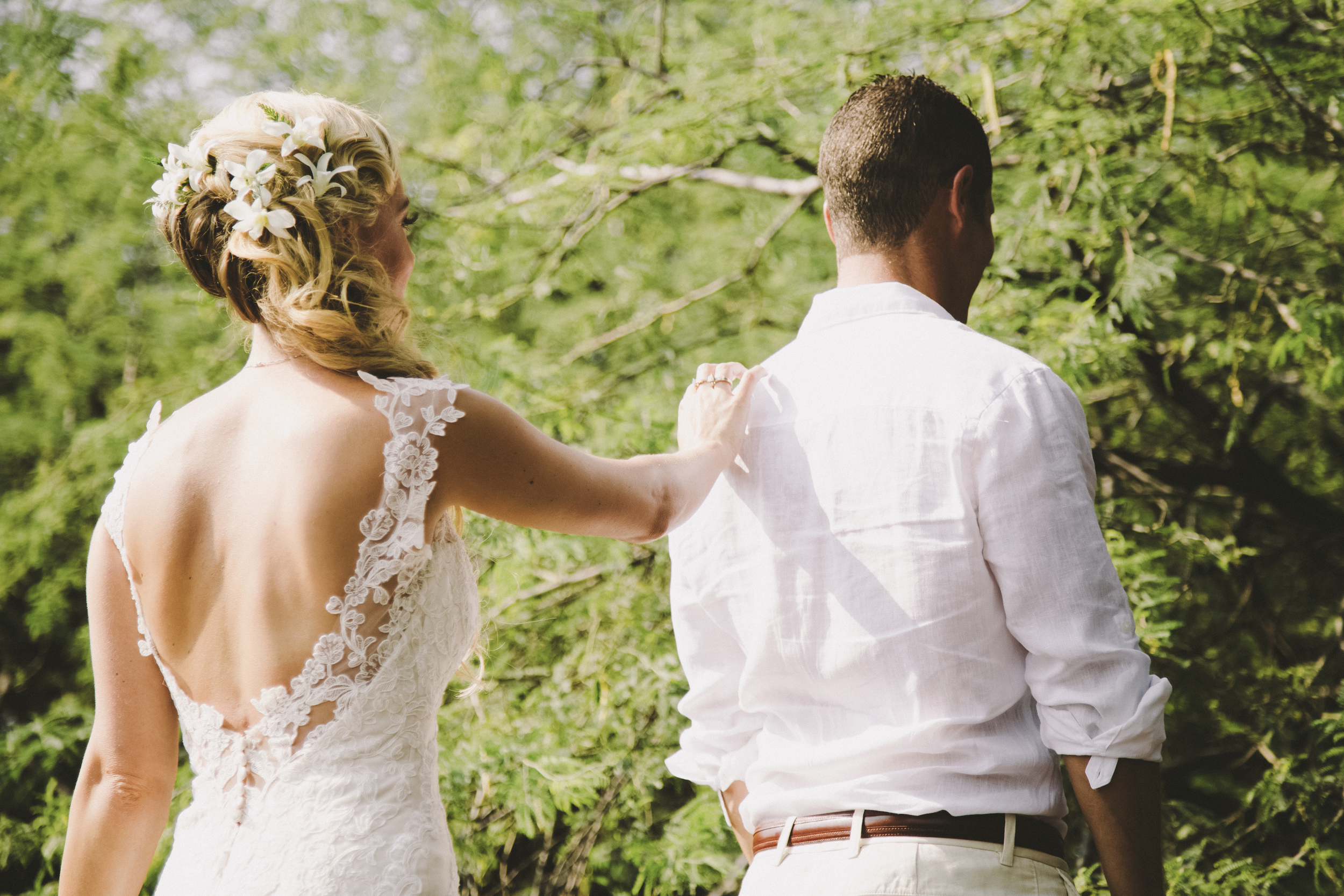 angie-diaz-photography-hawaii-wedding-photographer-kelli-jay-28.jpg