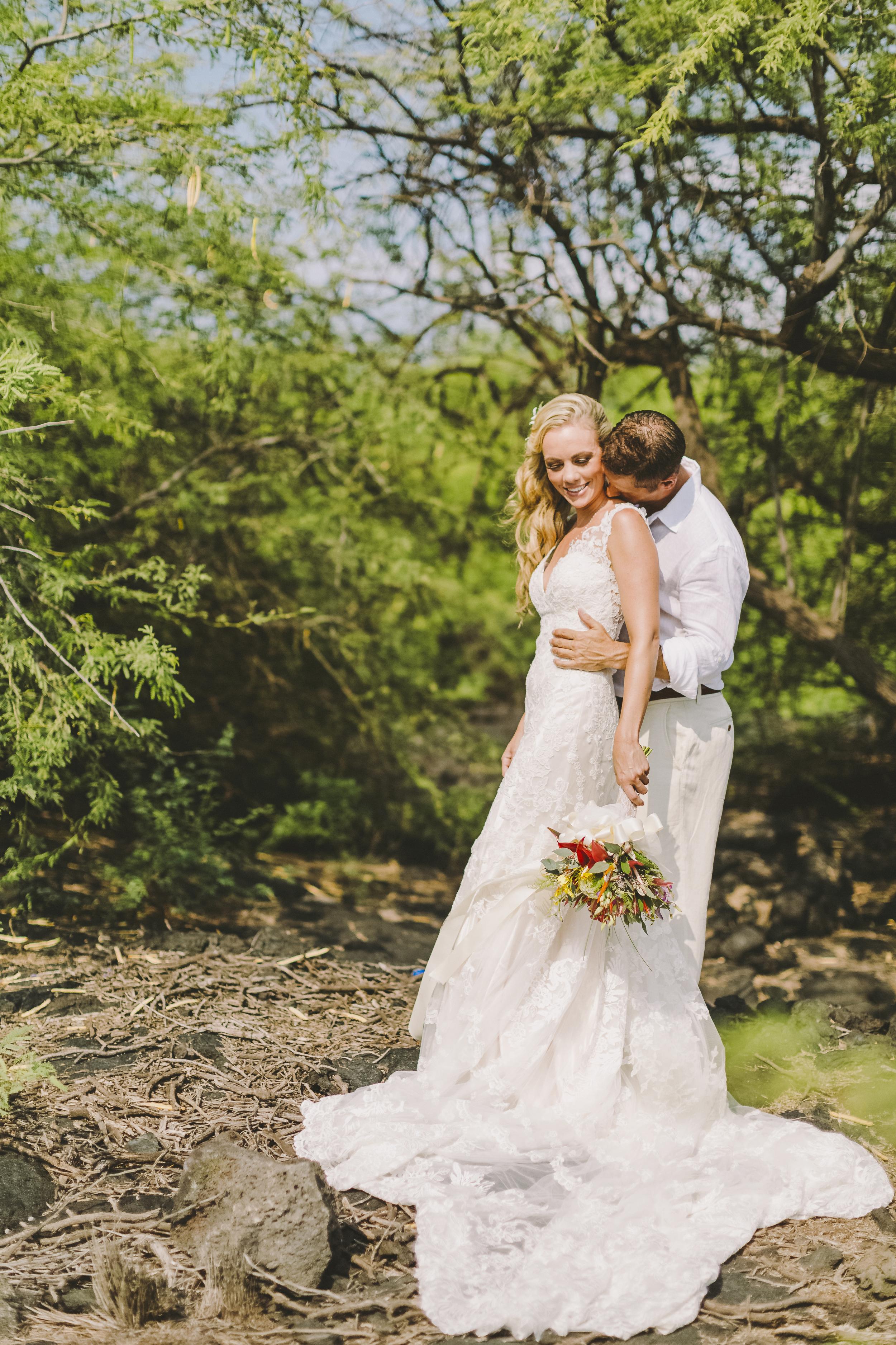 angie-diaz-photography-hawaii-wedding-photographer-kelli-jay-32.jpg