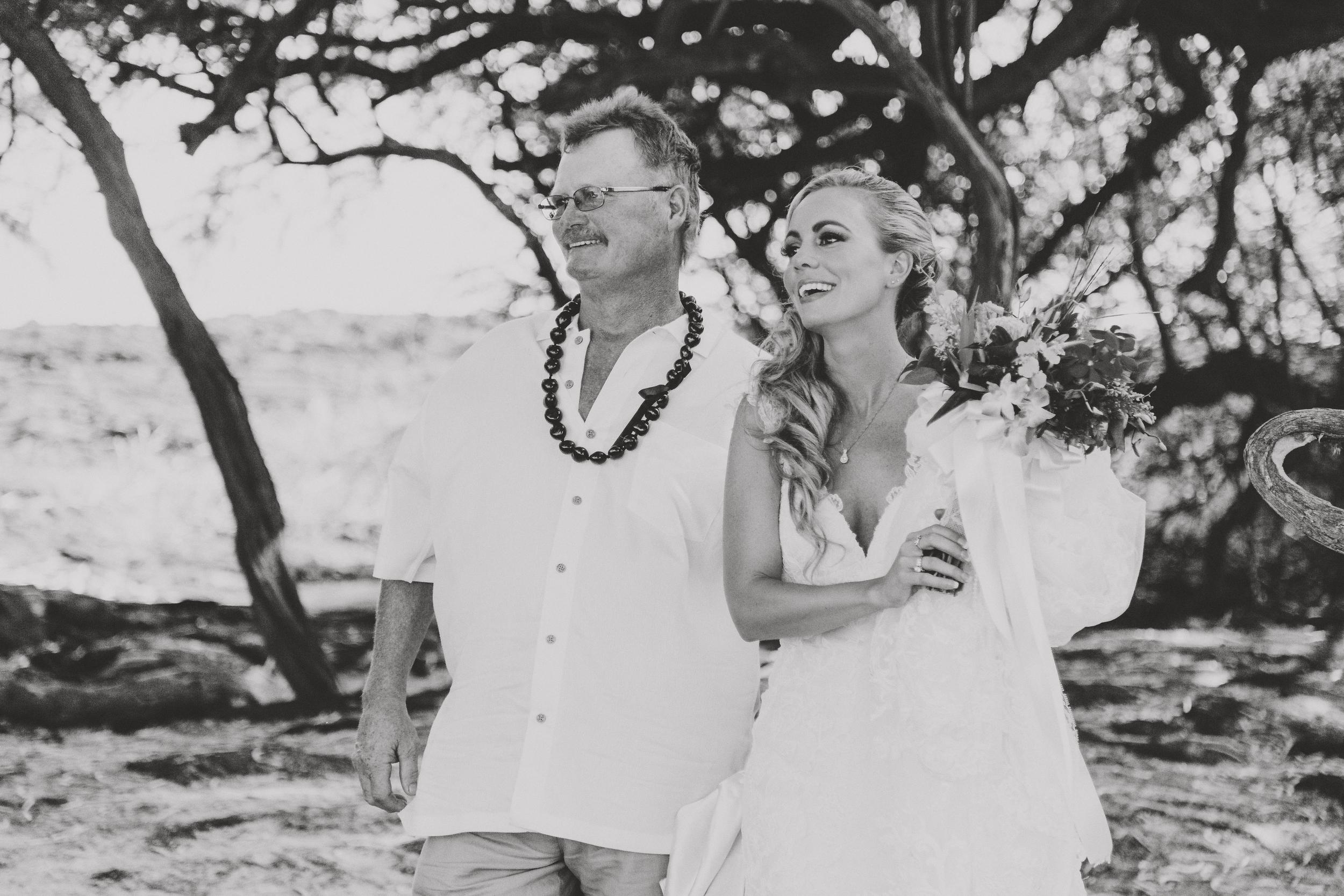 angie-diaz-photography-hawaii-wedding-photographer-kelli-jay-52.jpg
