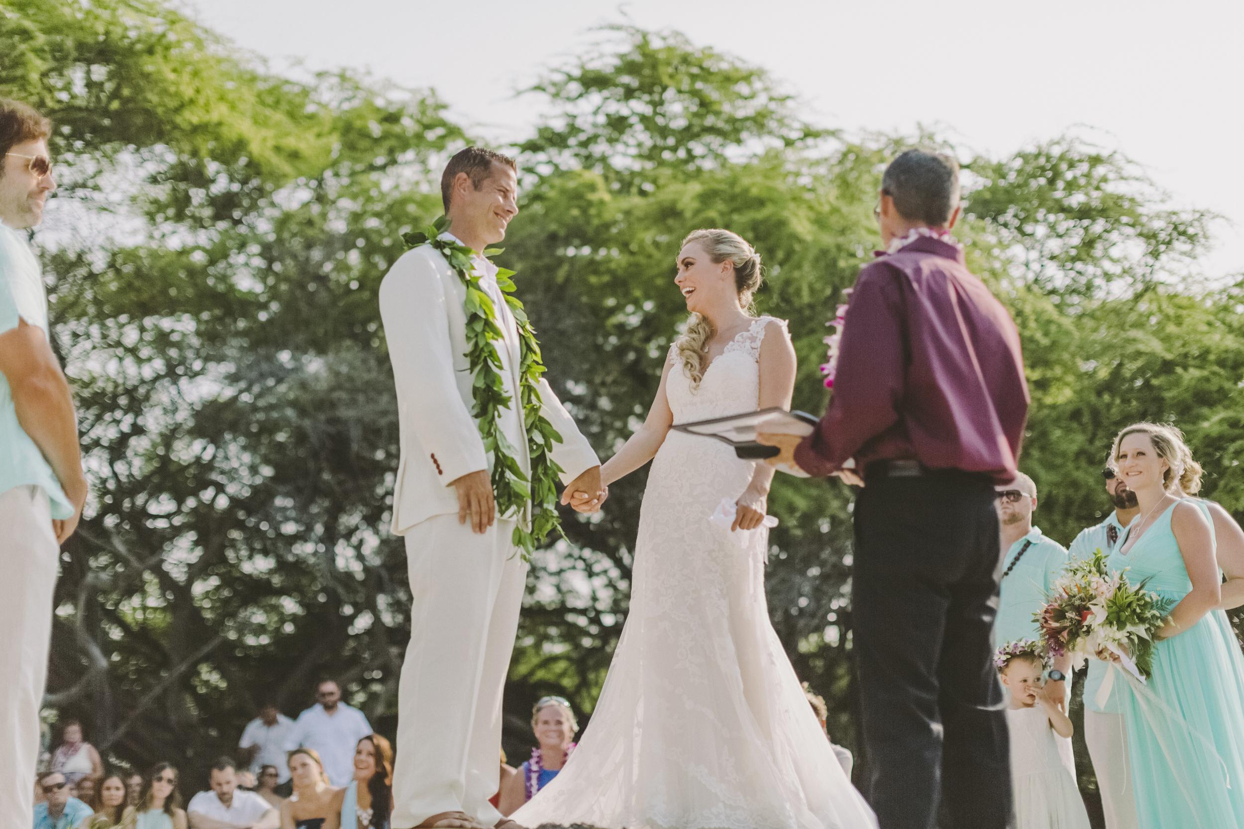 angie-diaz-photography-hawaii-wedding-photographer-kelli-jay-59.jpg