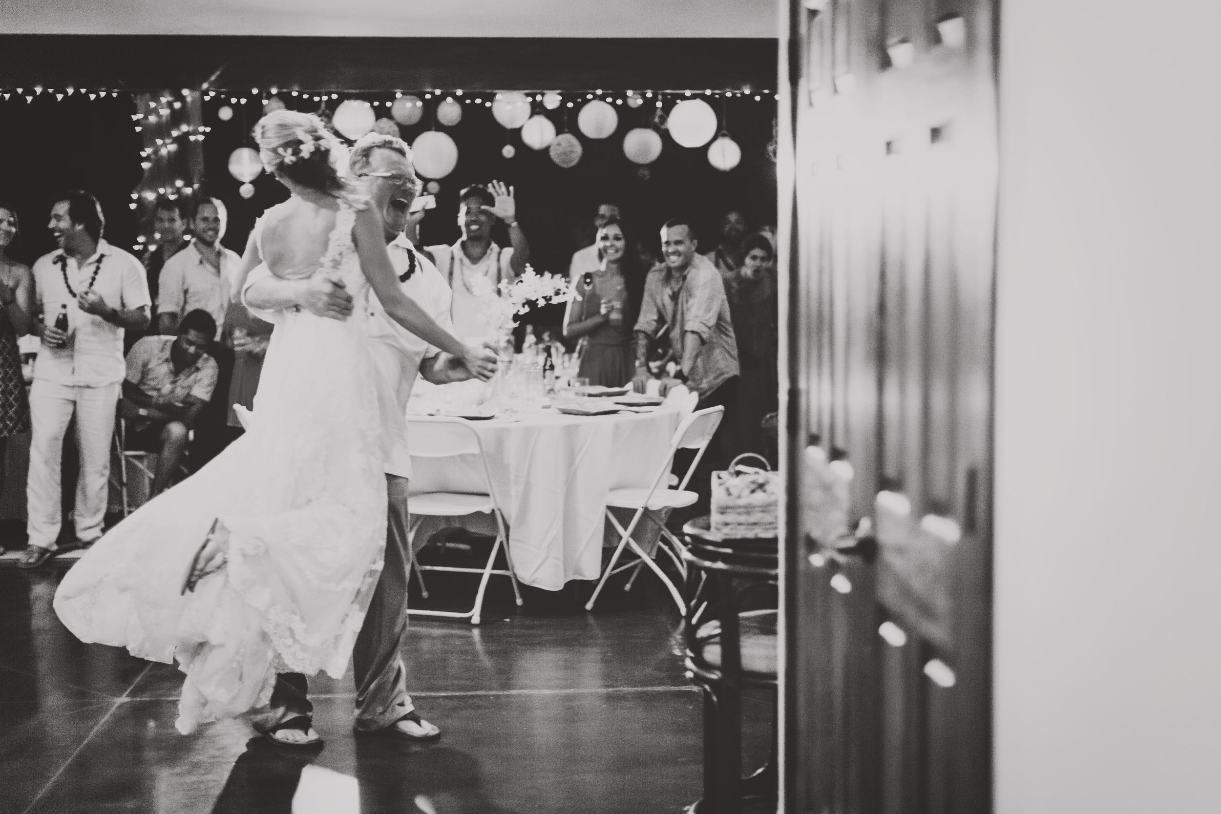 angie-diaz-photography-hawaii-wedding-photographer-kelli-jay-126.jpg