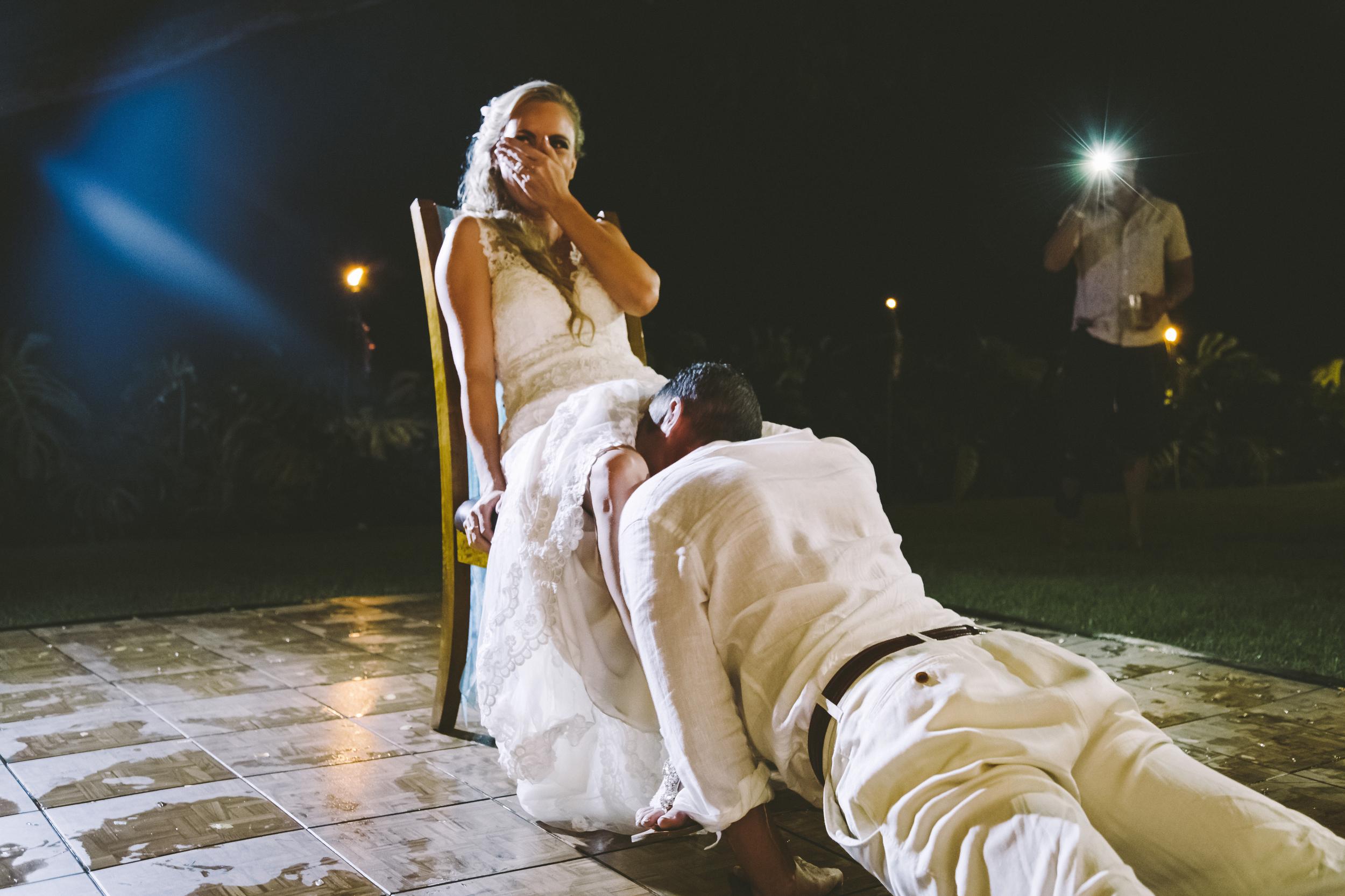 angie-diaz-photography-hawaii-wedding-photographer-kelli-jay-133.jpg