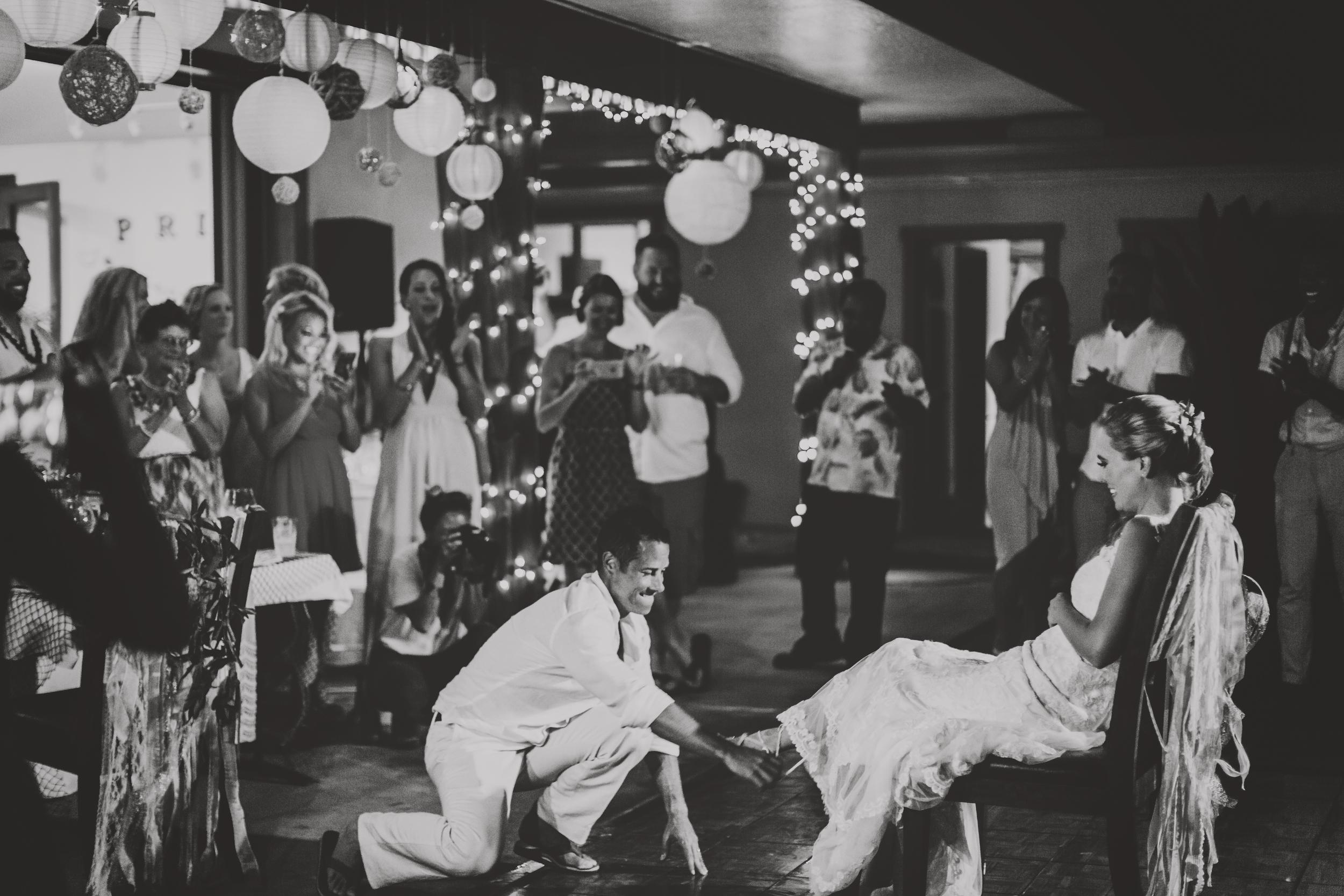 angie-diaz-photography-hawaii-wedding-photographer-kelli-jay-134.jpg