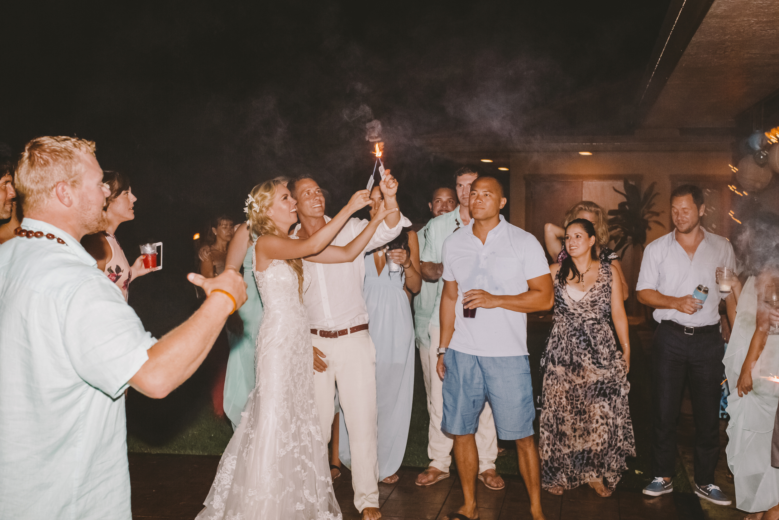 angie-diaz-photography-hawaii-wedding-photographer-kelli-jay-139.jpg