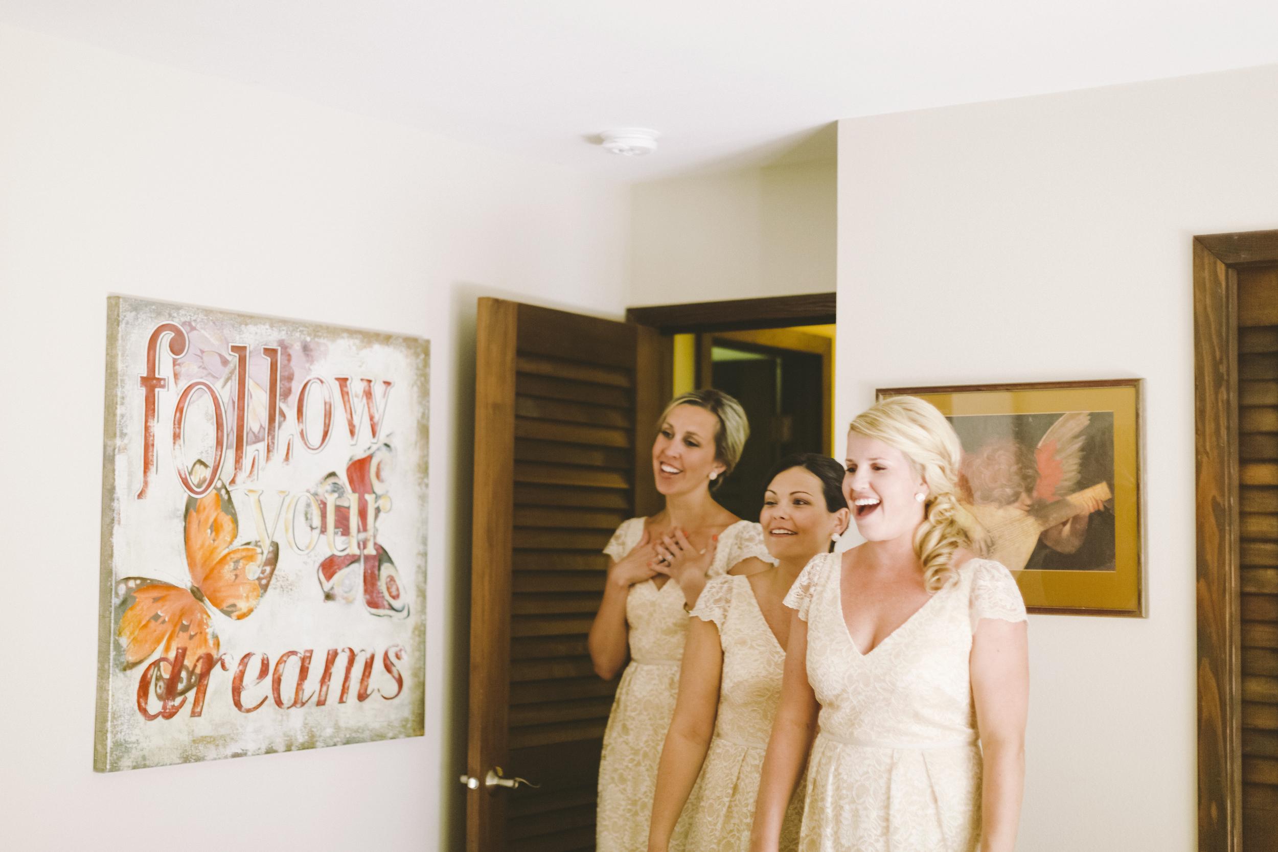 angie-diaz-photography-maui-wedding-mel-matt-10.jpg
