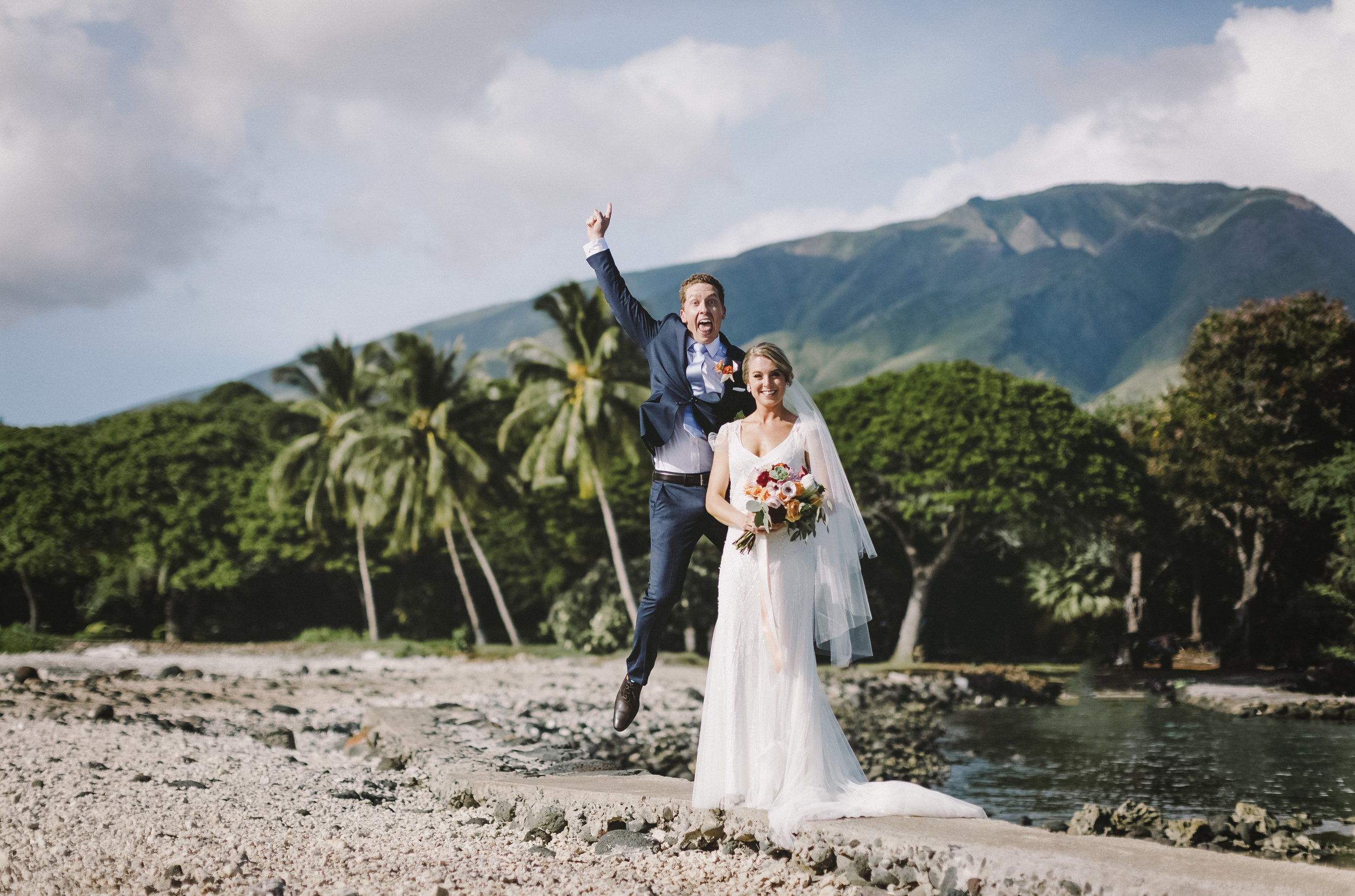 angie-diaz-photography-maui-wedding-mel-matt- 74.jpeg