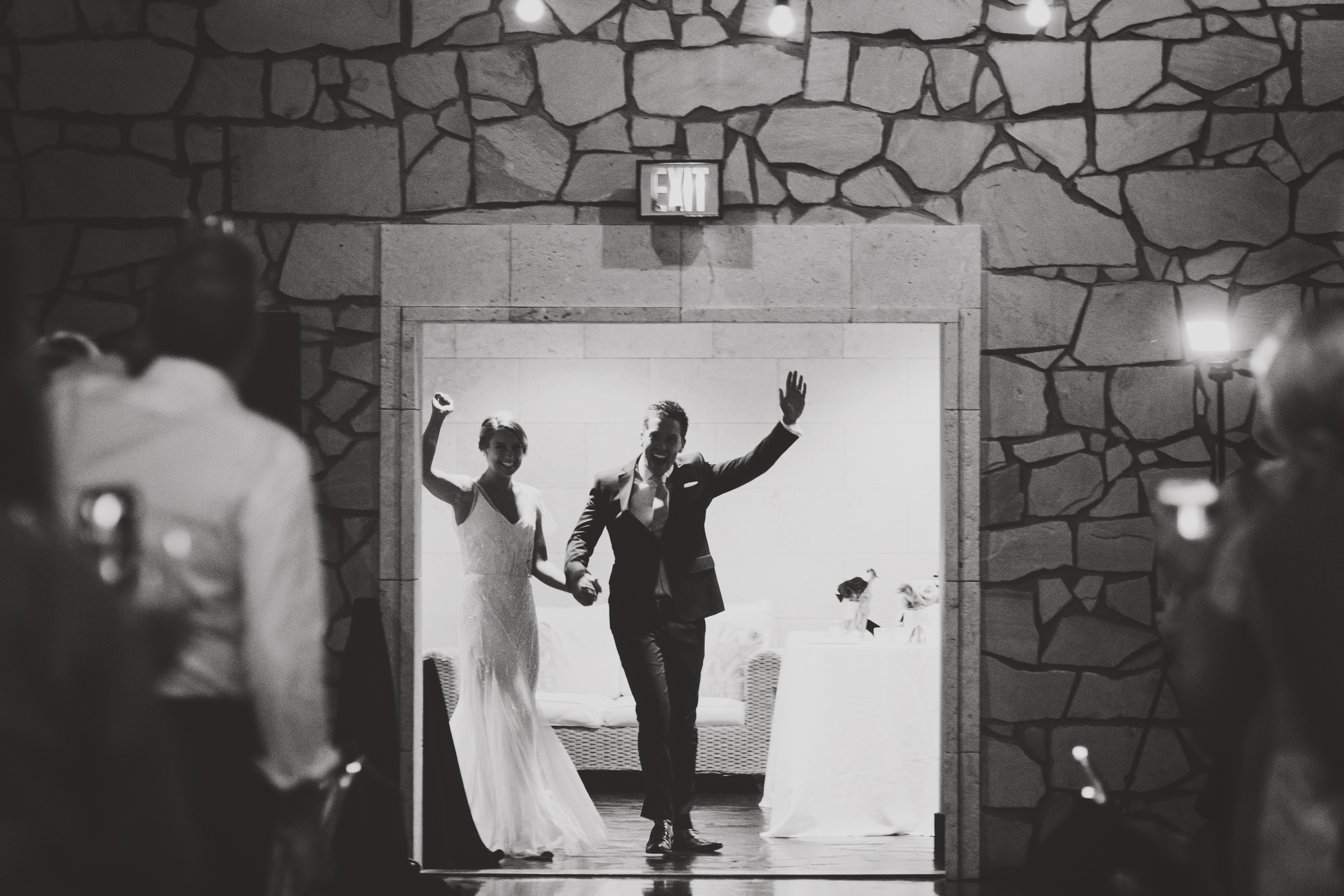 angie-diaz-photography-maui-wedding-mel-matt-99.jpg