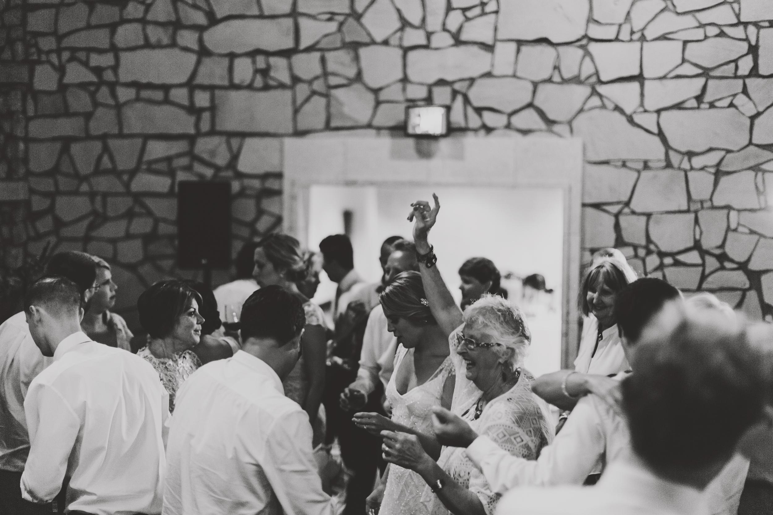 angie-diaz-photography-maui-wedding-mel-matt-112.jpg