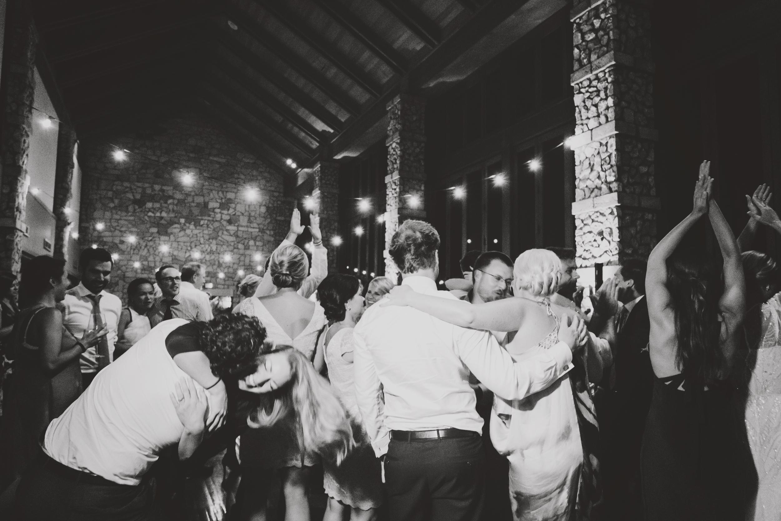 angie-diaz-photography-maui-wedding-mel-matt-114.jpg
