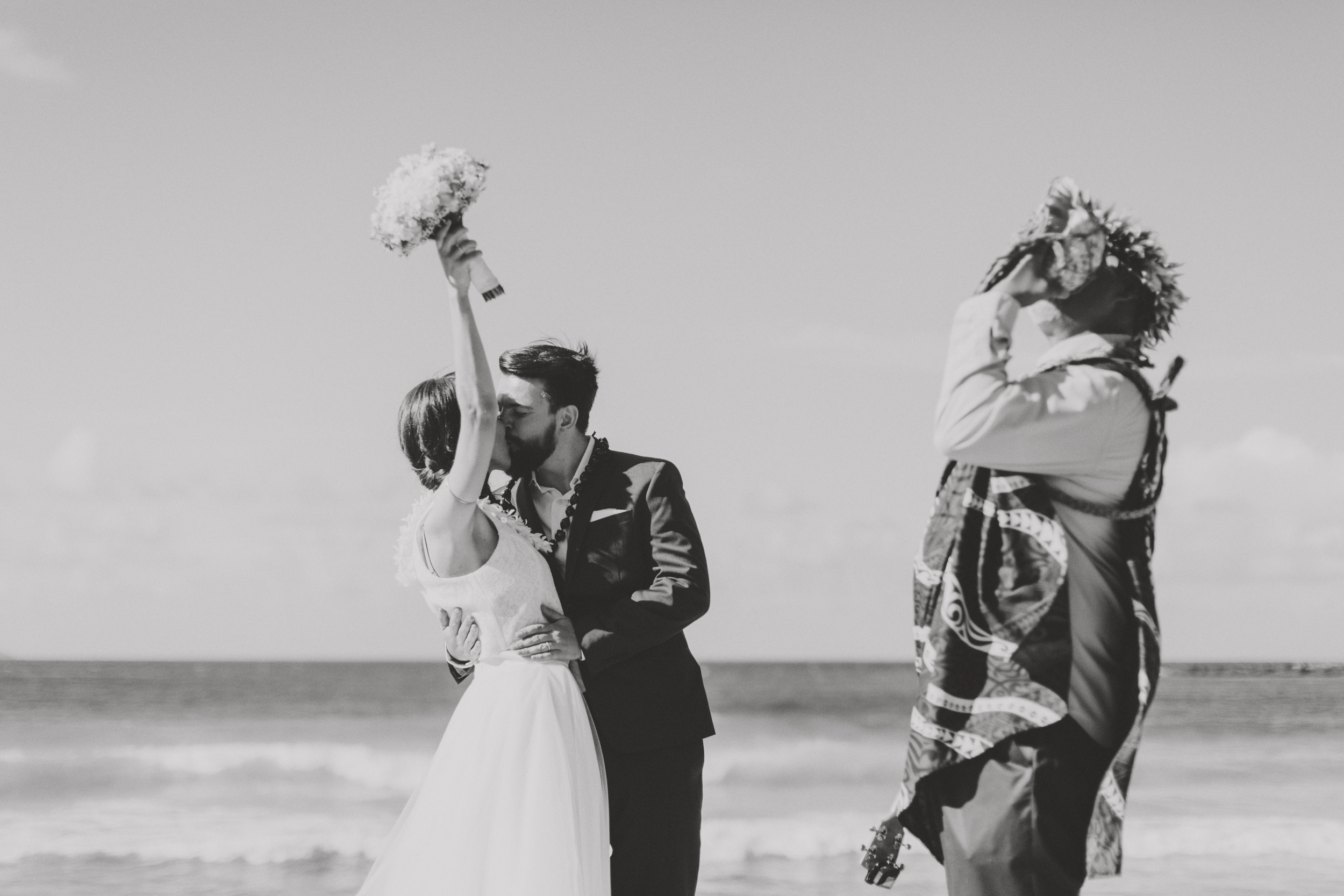 angie-diaz-photography-maui-wedding-ironwoods-beach-22.jpg