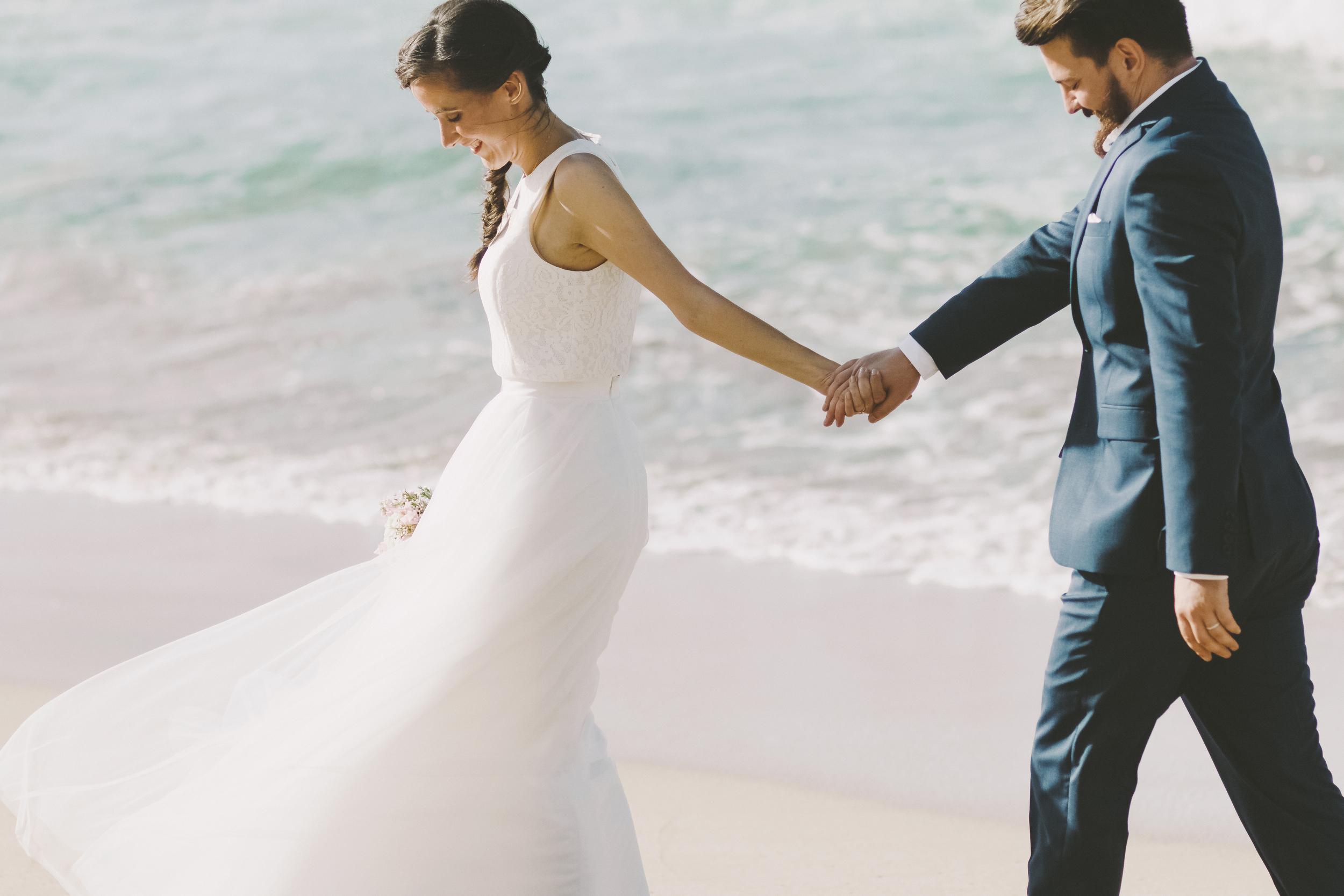 angie-diaz-photography-maui-wedding-ironwoods-beach-28.jpg