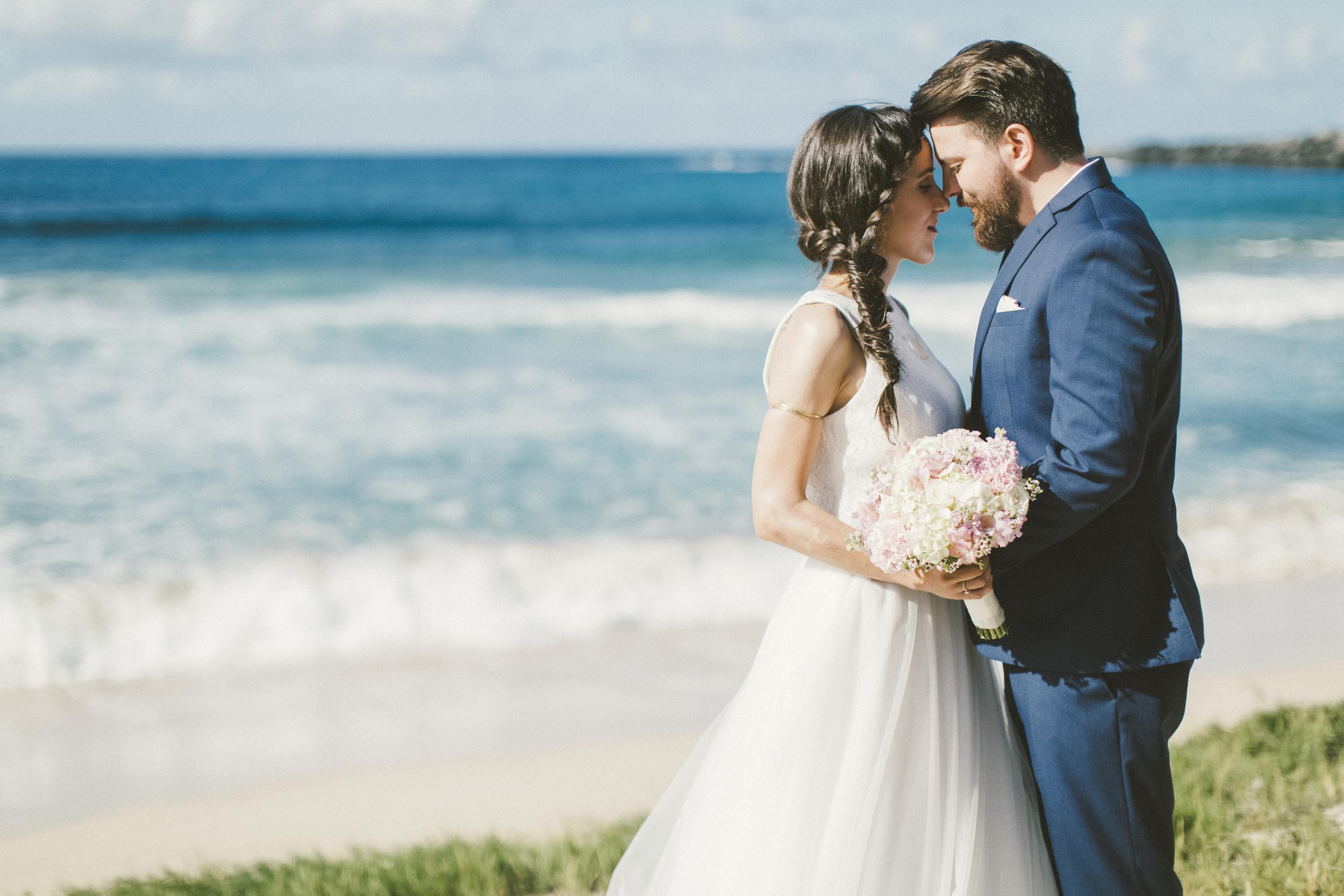 angie-diaz-photography-maui-wedding-ironwoods-beach-38.jpg