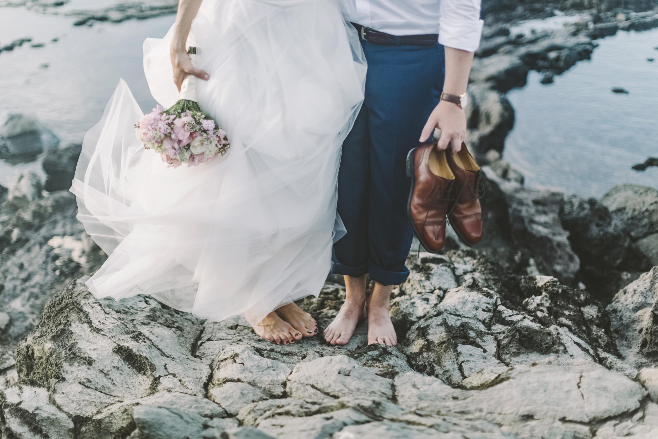 angie-diaz-photography-maui-wedding-ironwoods-beach-59.jpg
