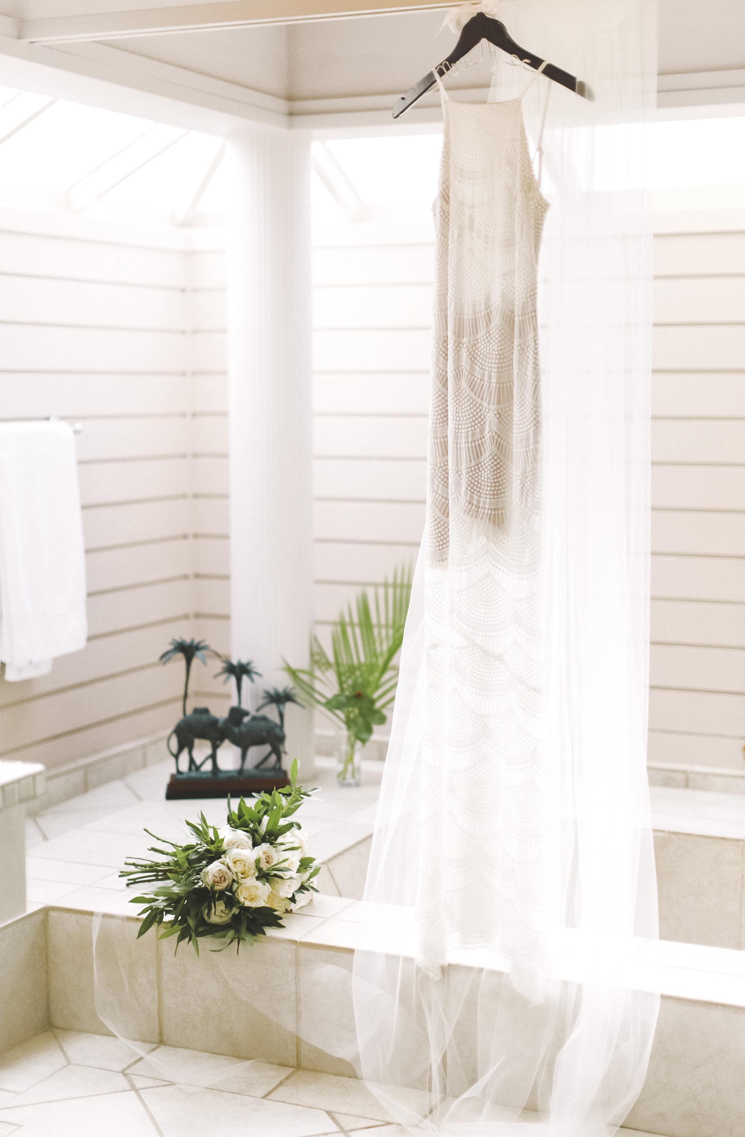 angie-diaz-photography-hawaii-wedding-4.jpg