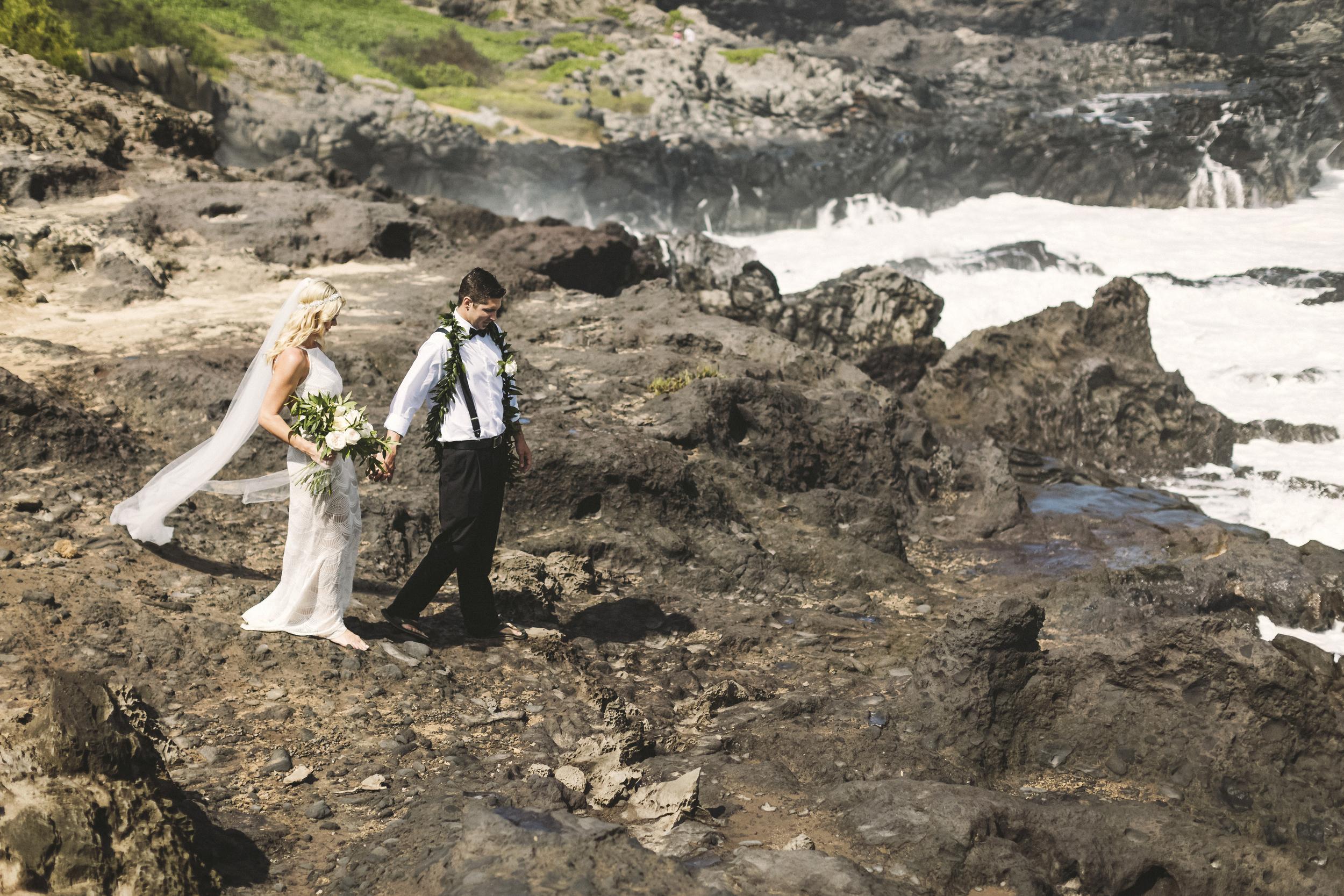 angie-diaz-photography-hawaii-wedding-39.jpg