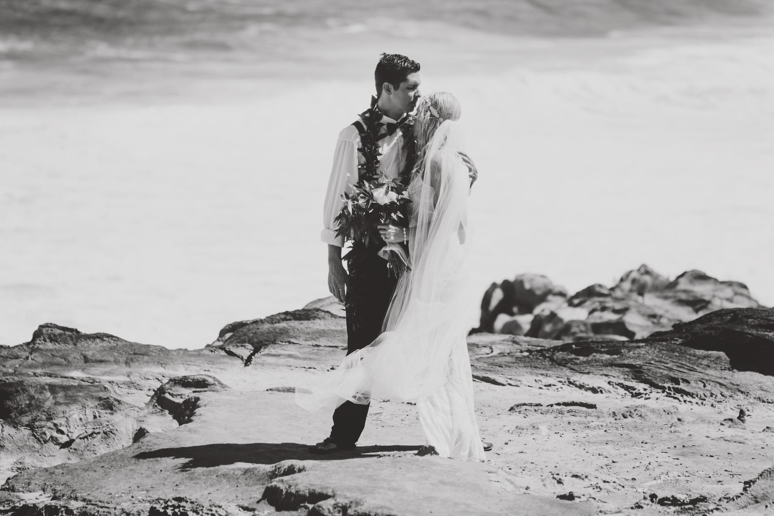 angie-diaz-photography-hawaii-wedding-46.jpg