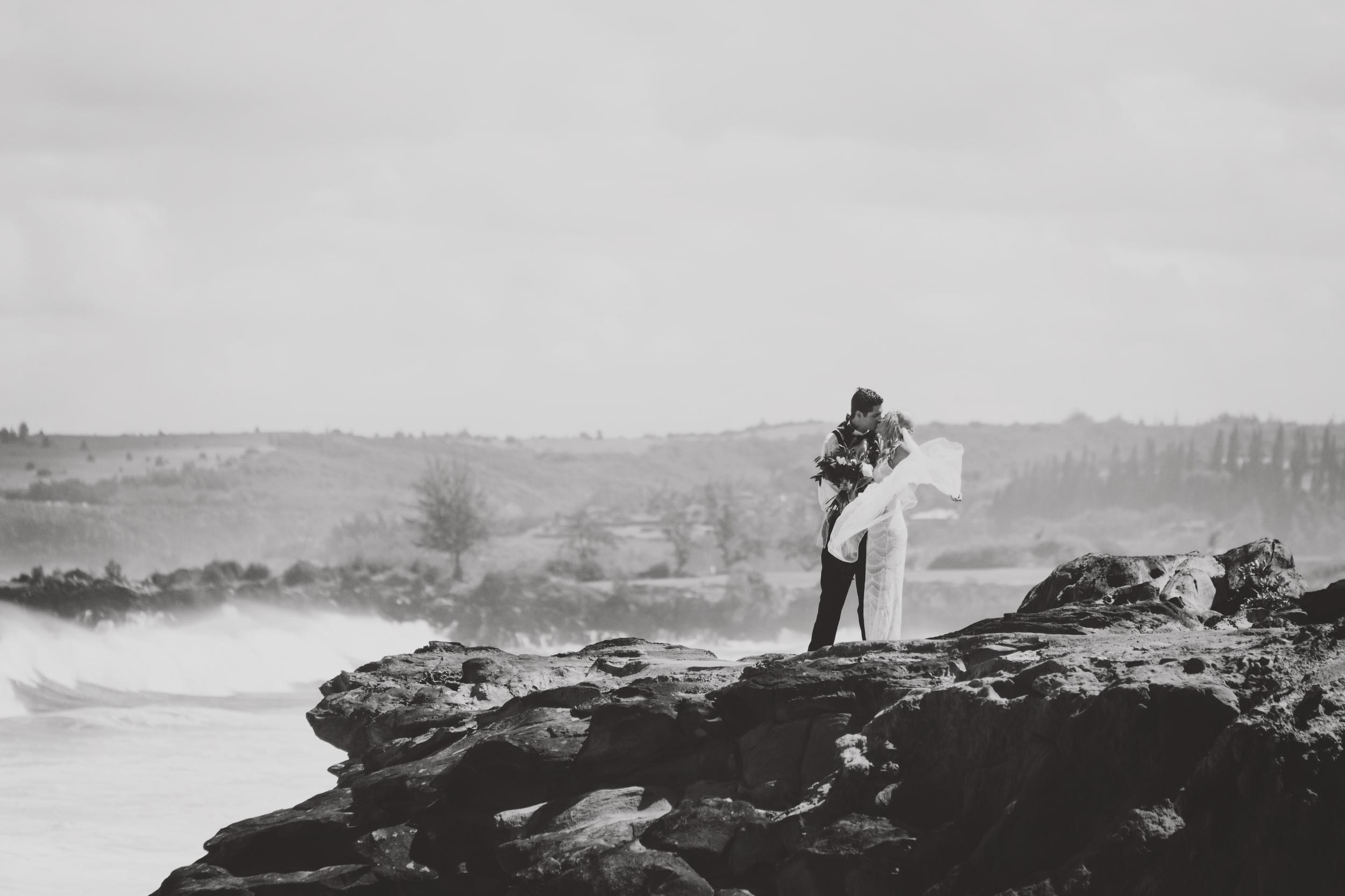 angie-diaz-photography-hawaii-wedding-50.jpg