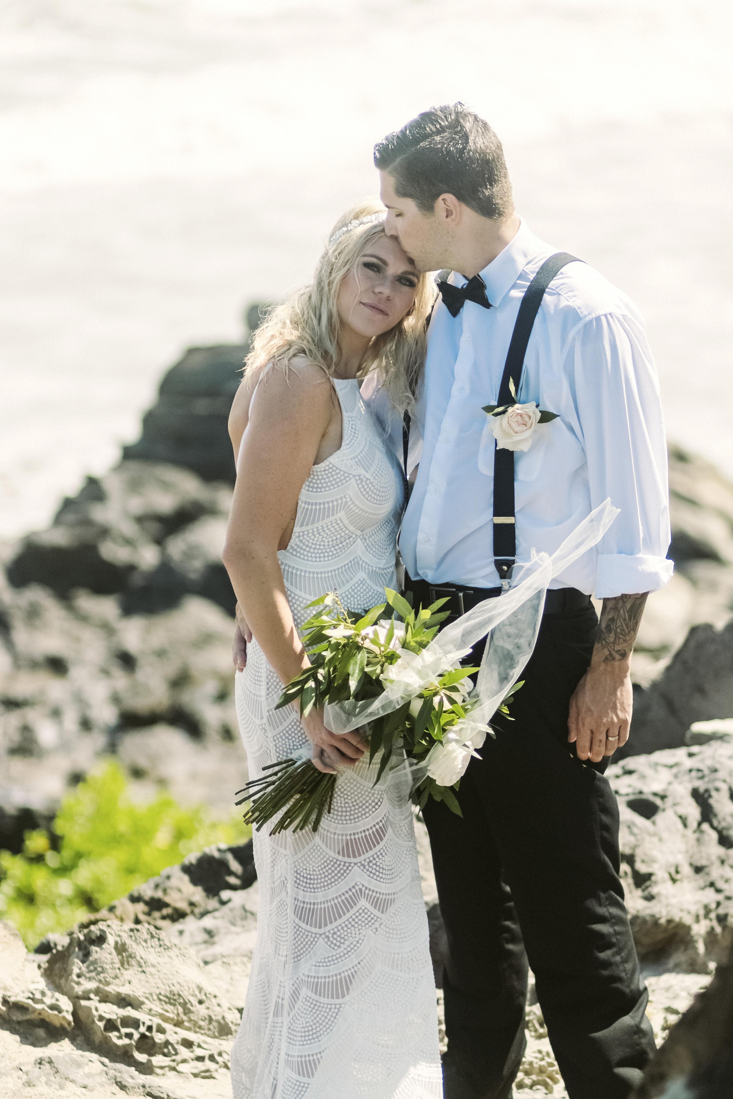 angie-diaz-photography-hawaii-wedding-53.jpg