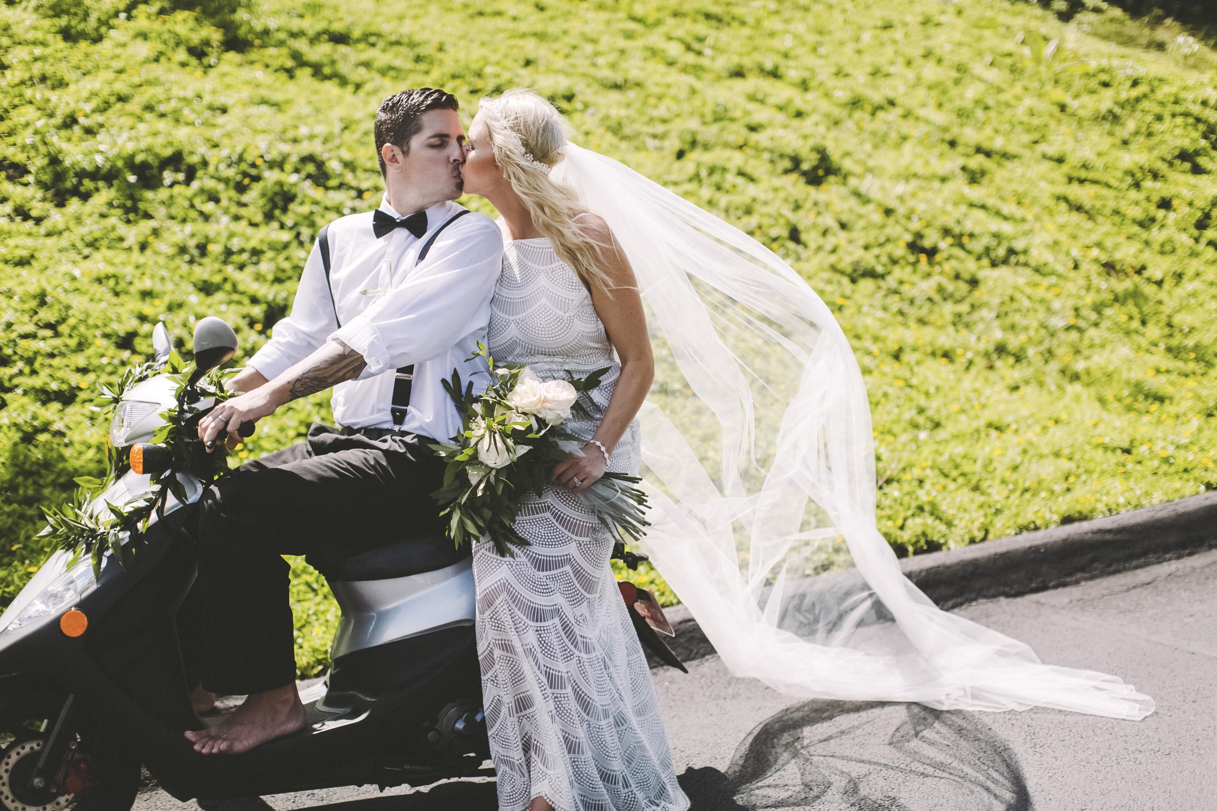 angie-diaz-photography-hawaii-wedding-59.jpg