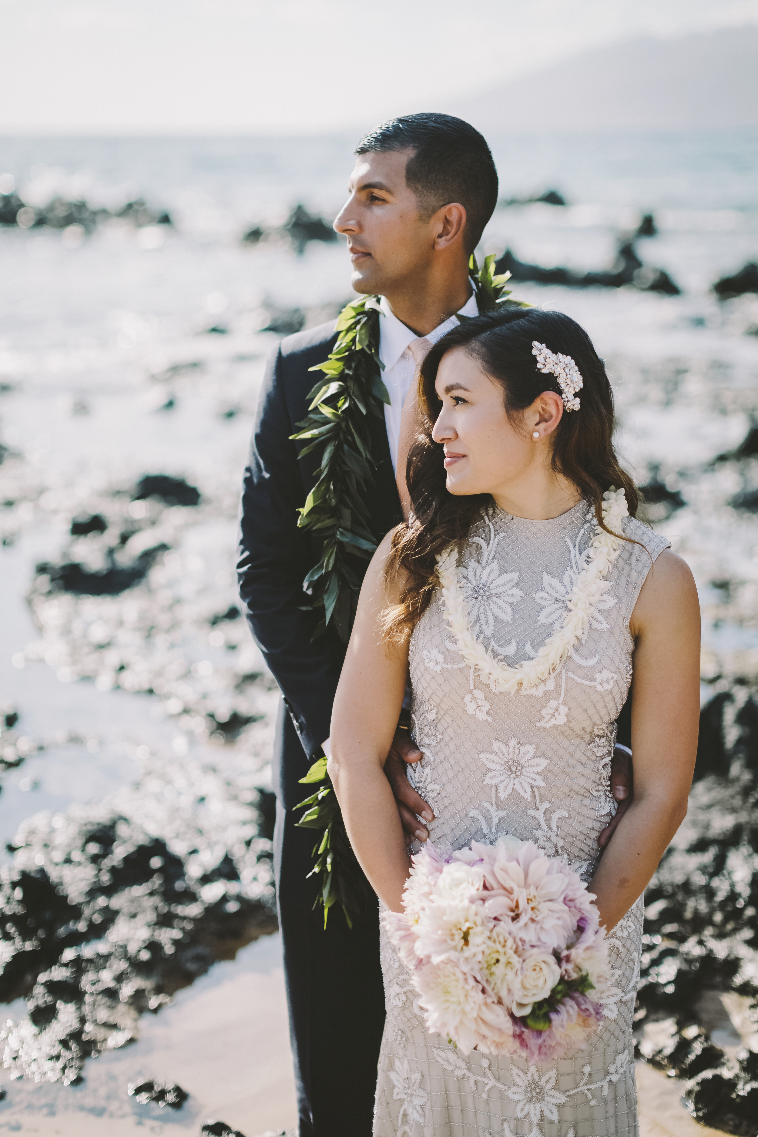 angie-diaz-photography-mokapu-beach-maui-elopement-42.jpg