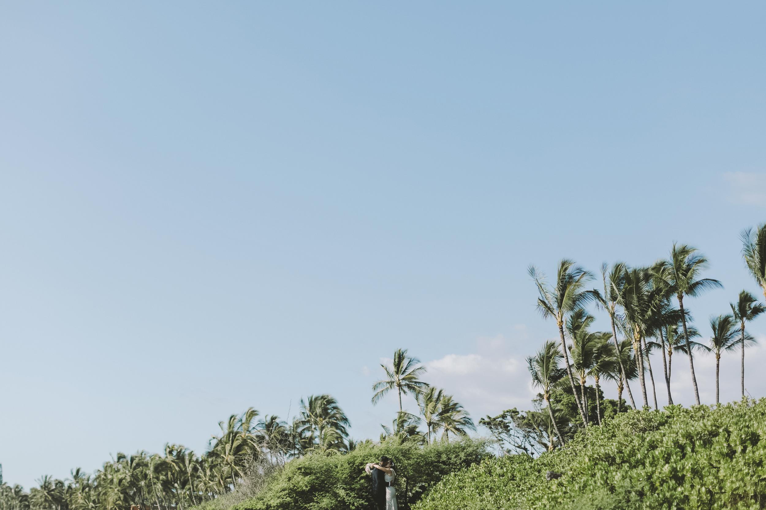 angie-diaz-photography-mokapu-beach-maui-elopement-53.jpg