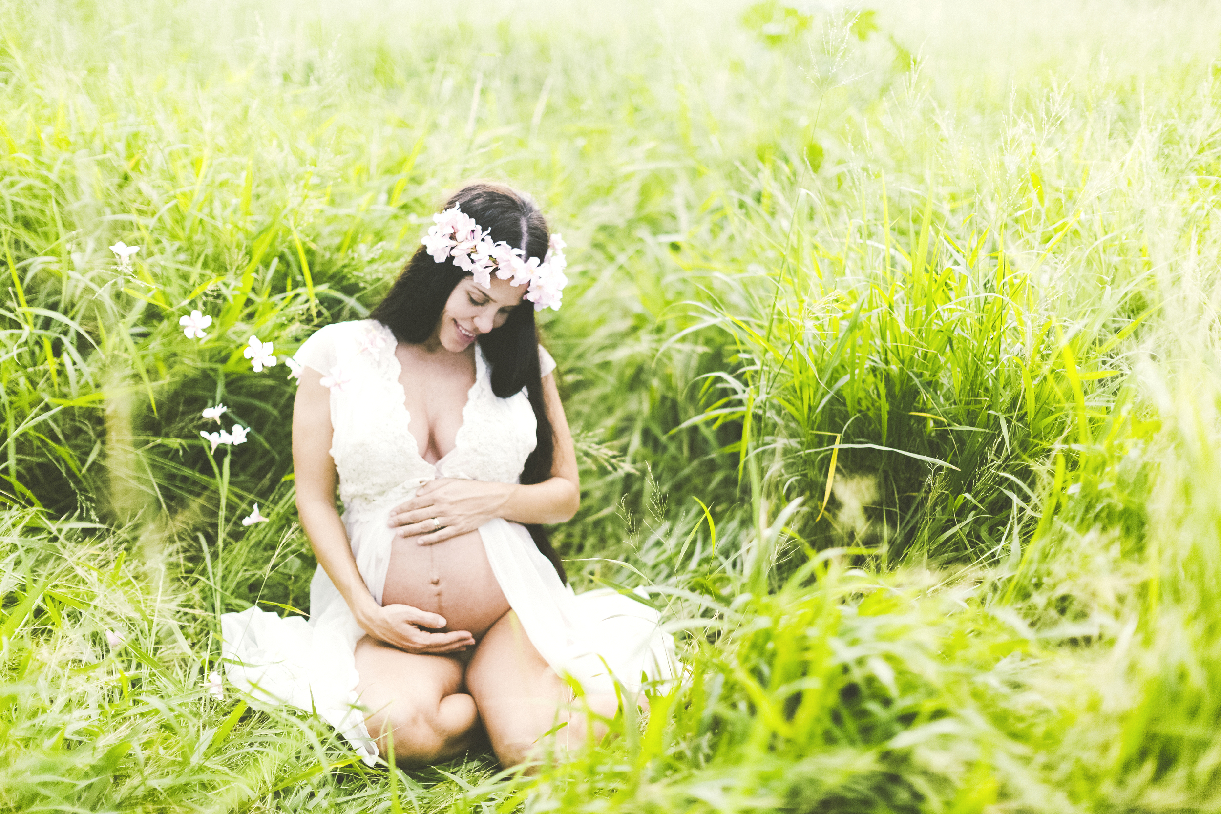 angie-diaz-photography-maui-maternity-twins-2.jpg