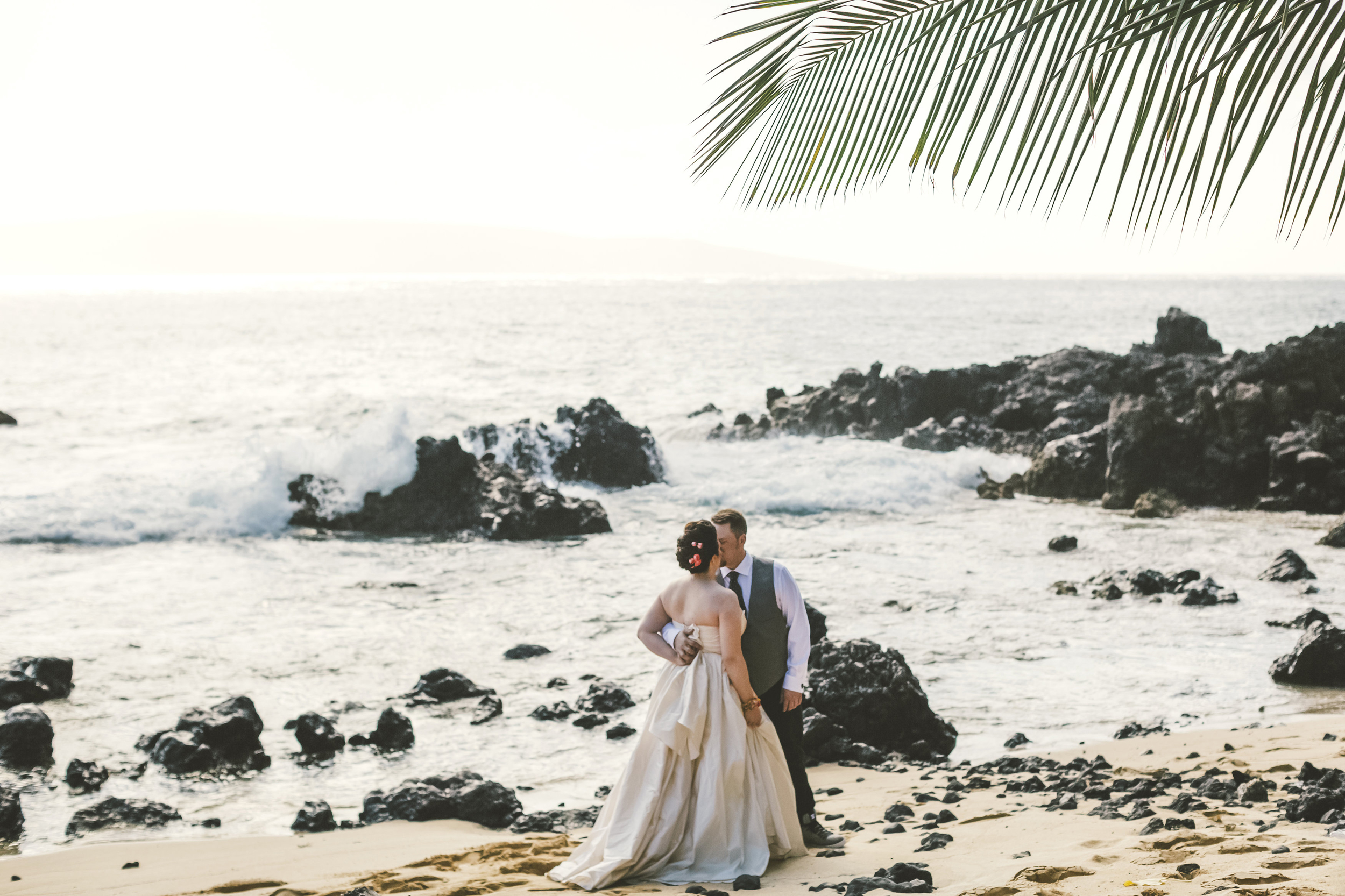 angie-diaz-photography-maui-elopement-47.jpg