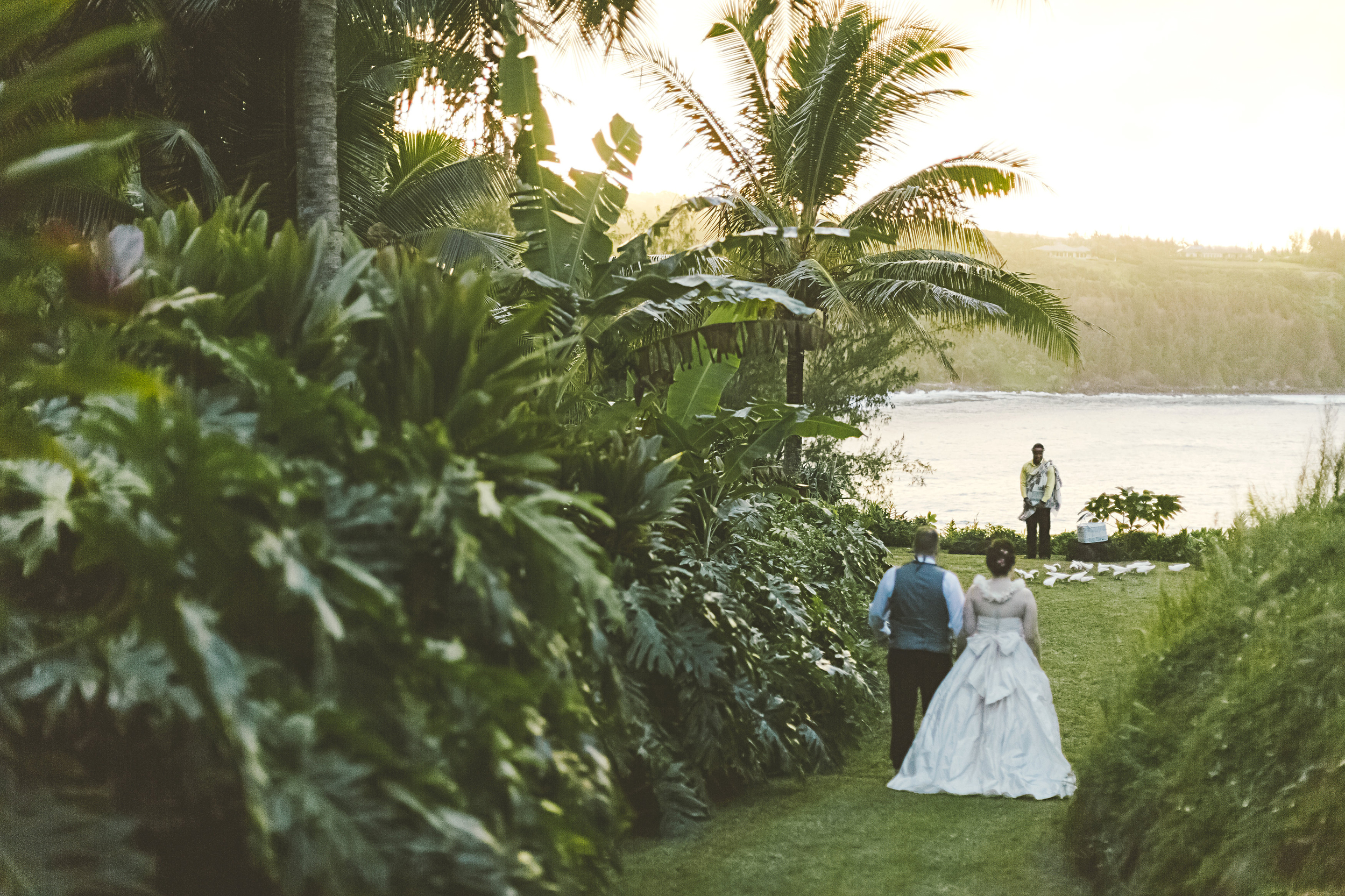 angie-diaz-photography-maui-elopement-95.jpg
